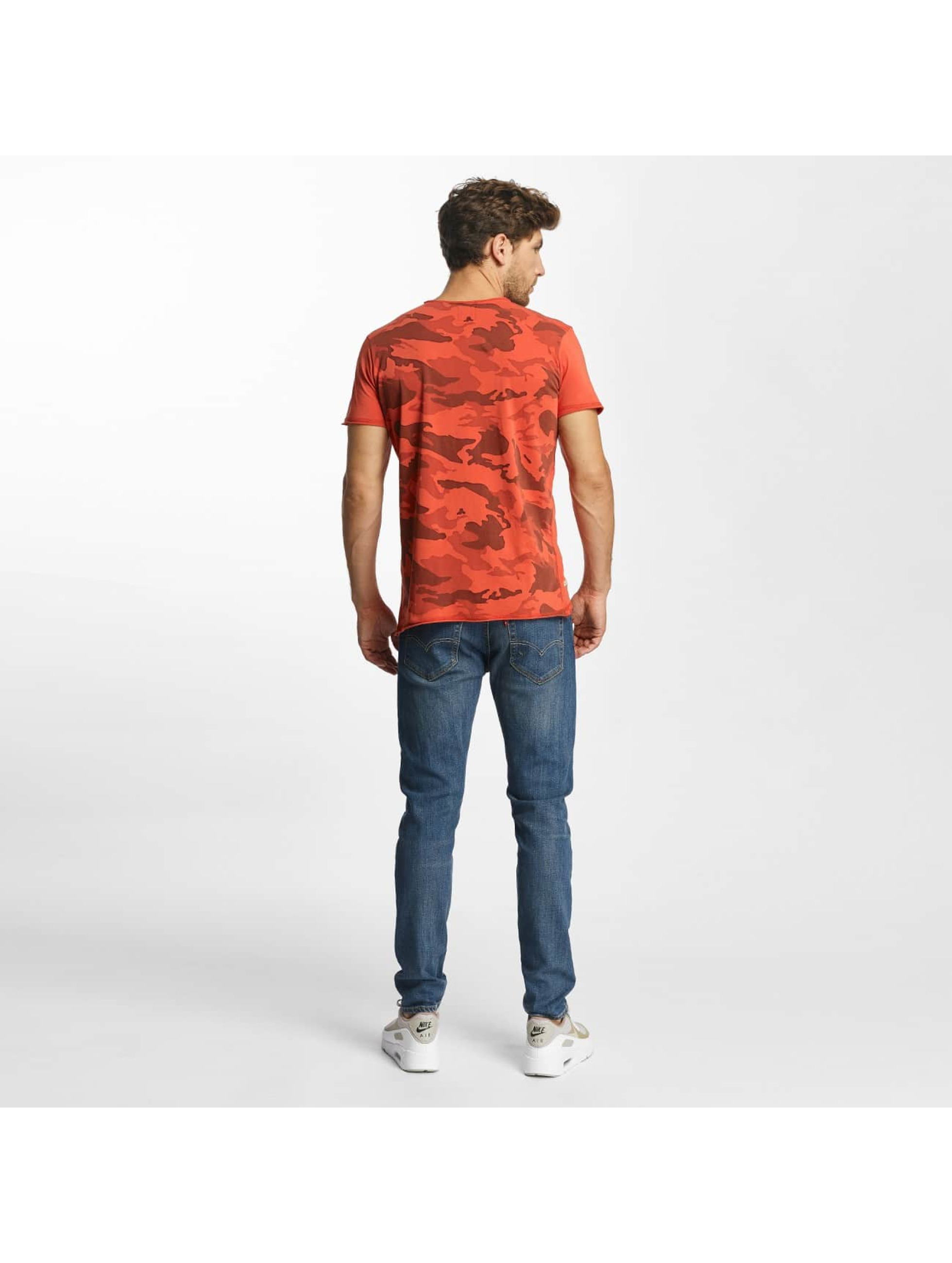 Red Bridge t-shirt Backing You Up rood