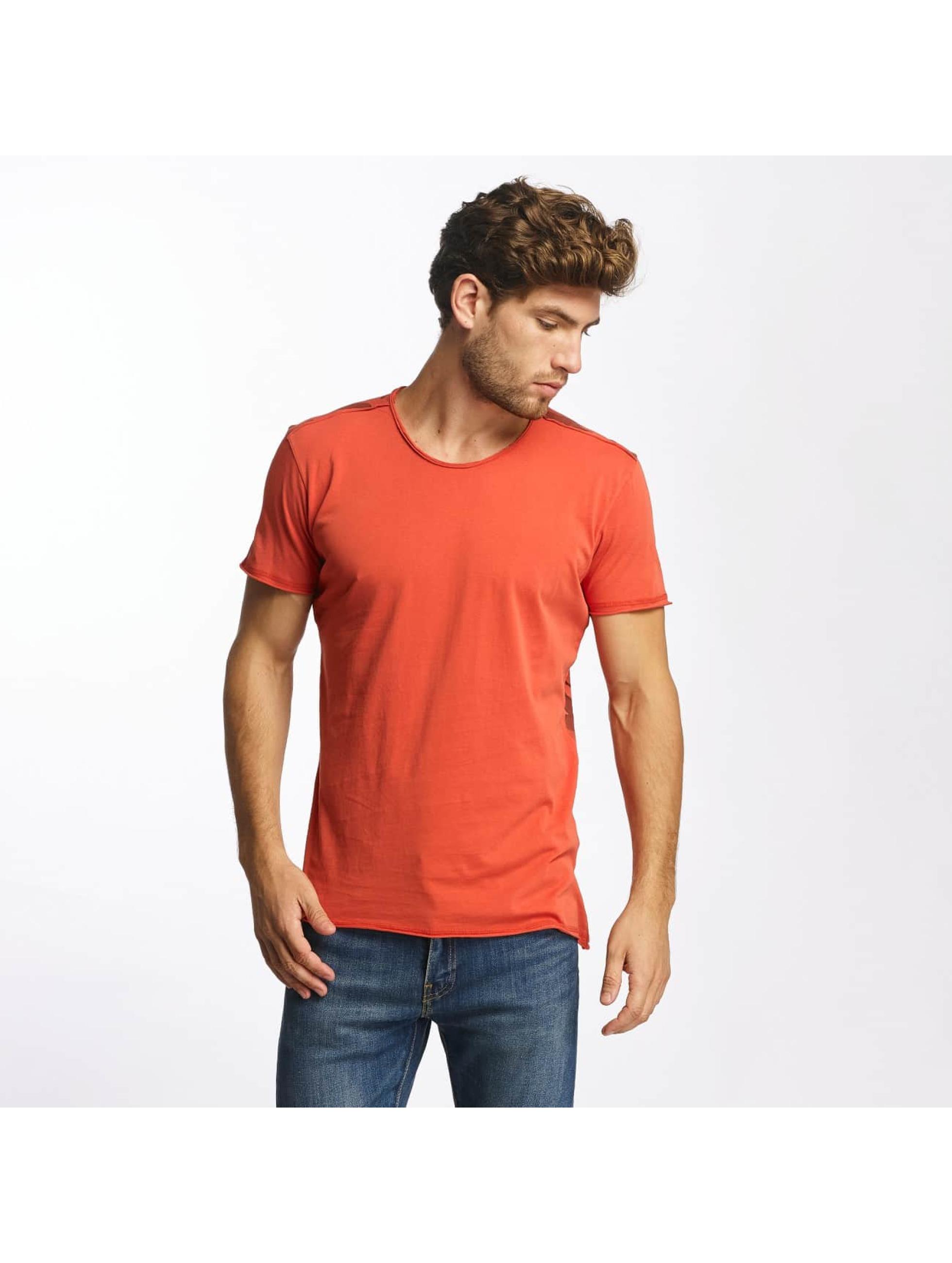 Red Bridge T-Shirt Backing You Up rot