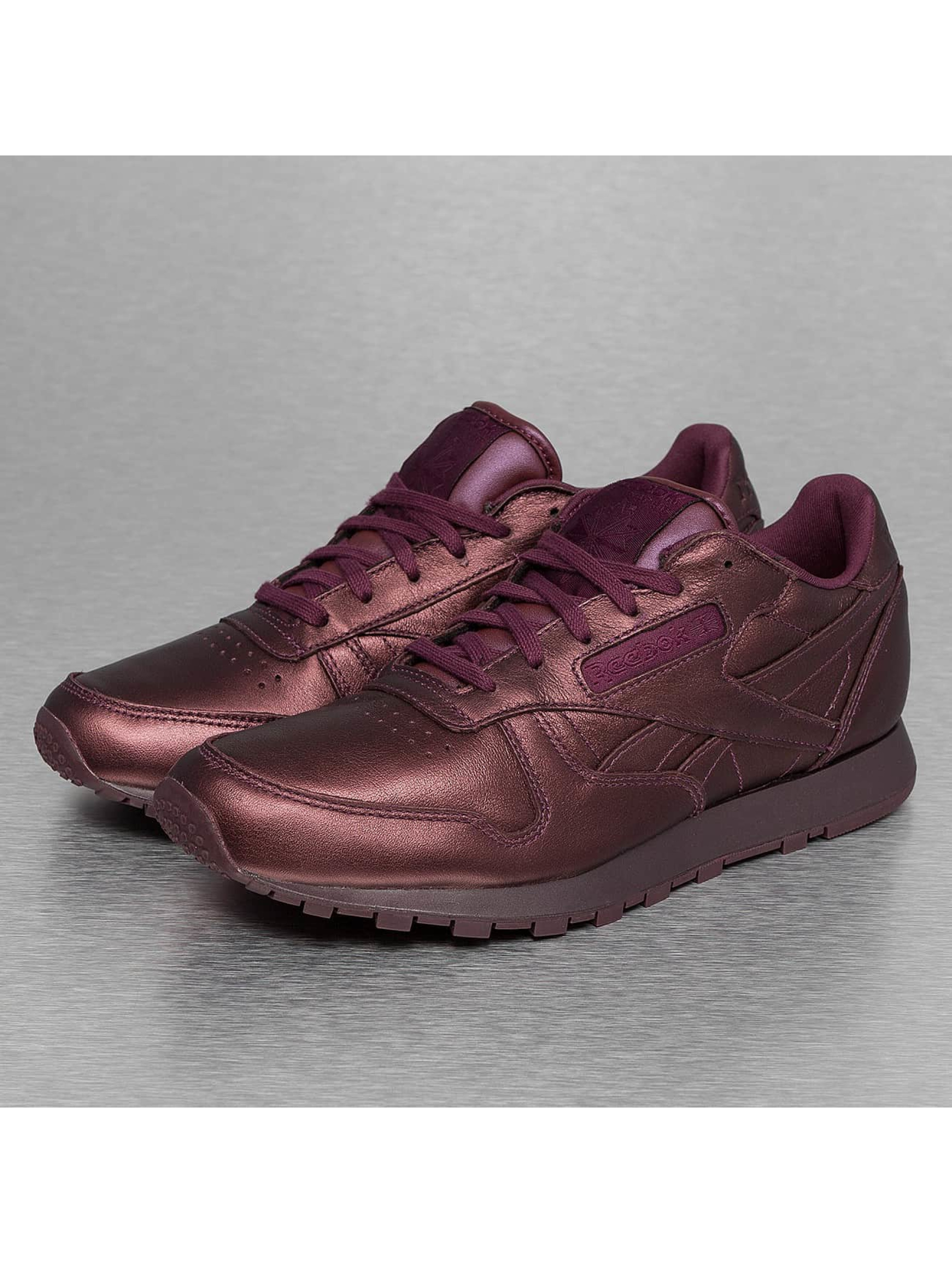 Sneaker CL Leather Face Fashion in rot