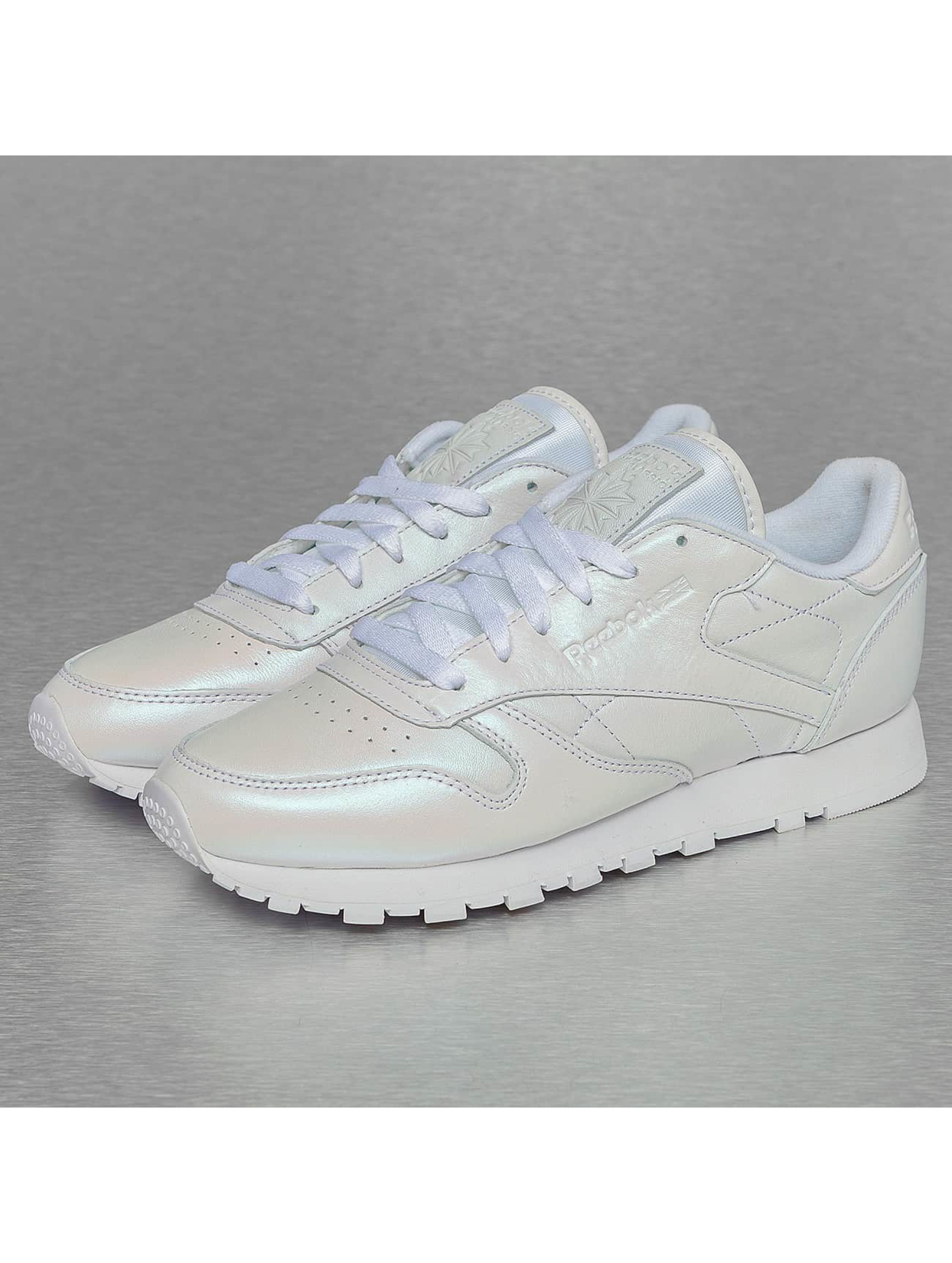 Sneaker Leather Pearlized in weiß
