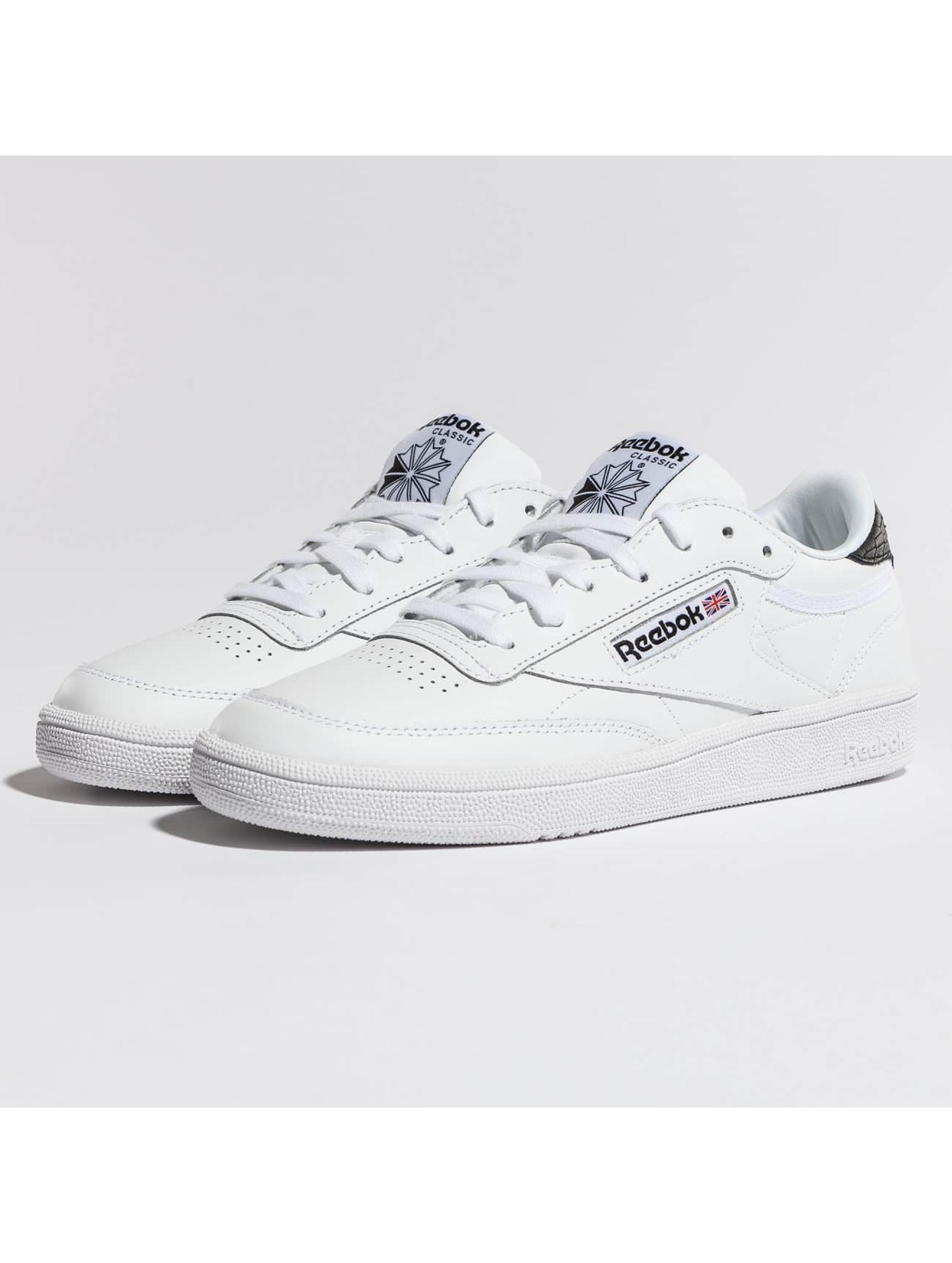 Reebok Sneakers Club C 85 Emboss biela