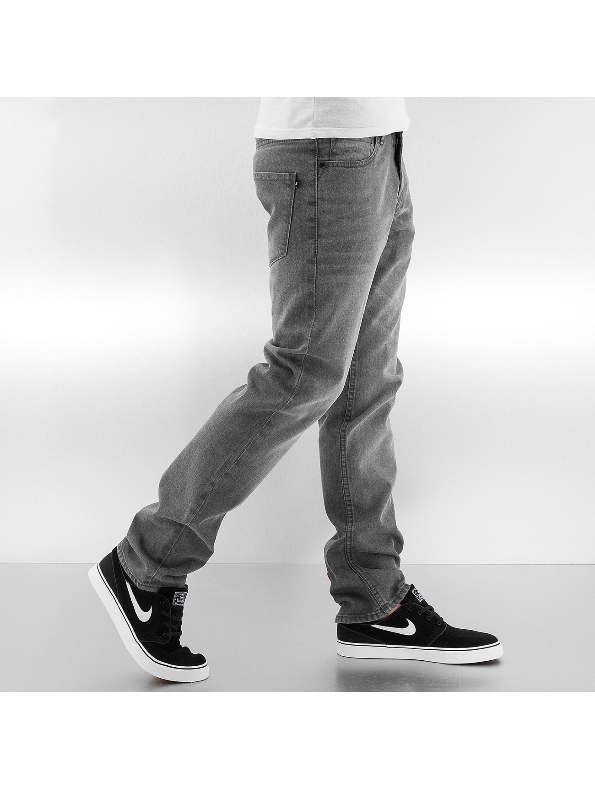 Reell Jeans Джинсы прямого покроя Trigger серый