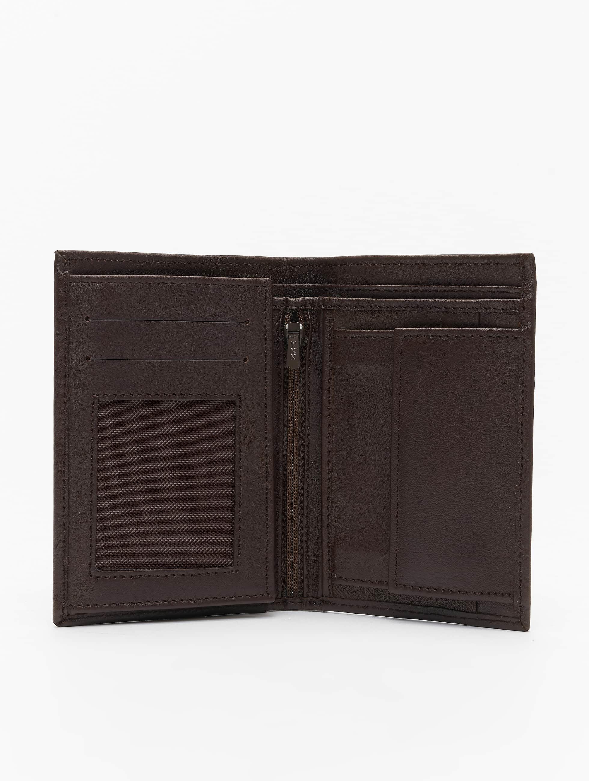 Reell Jeans Lompakot Trifold Leather ruskea