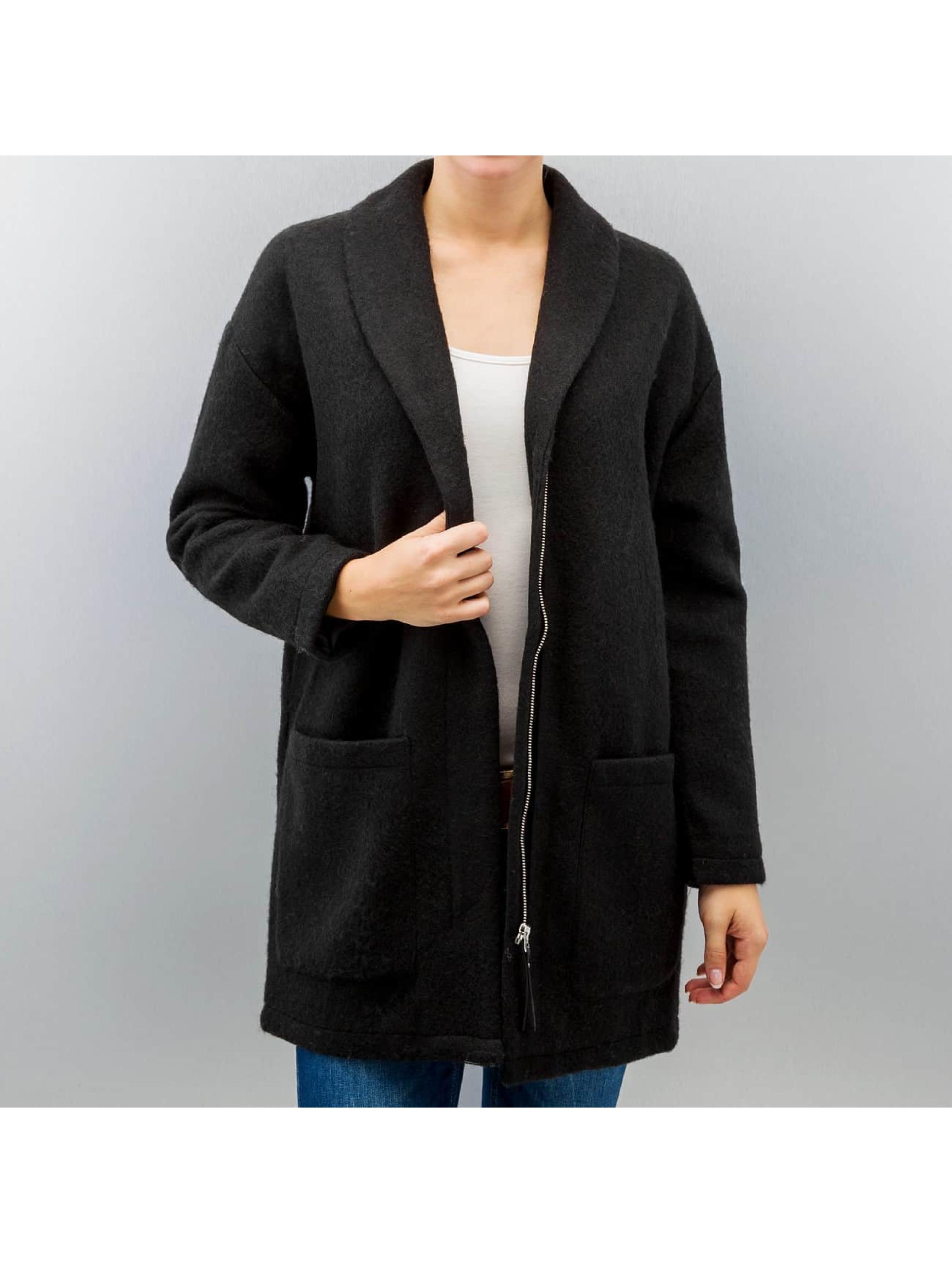 Mantel Aylin in schwarz