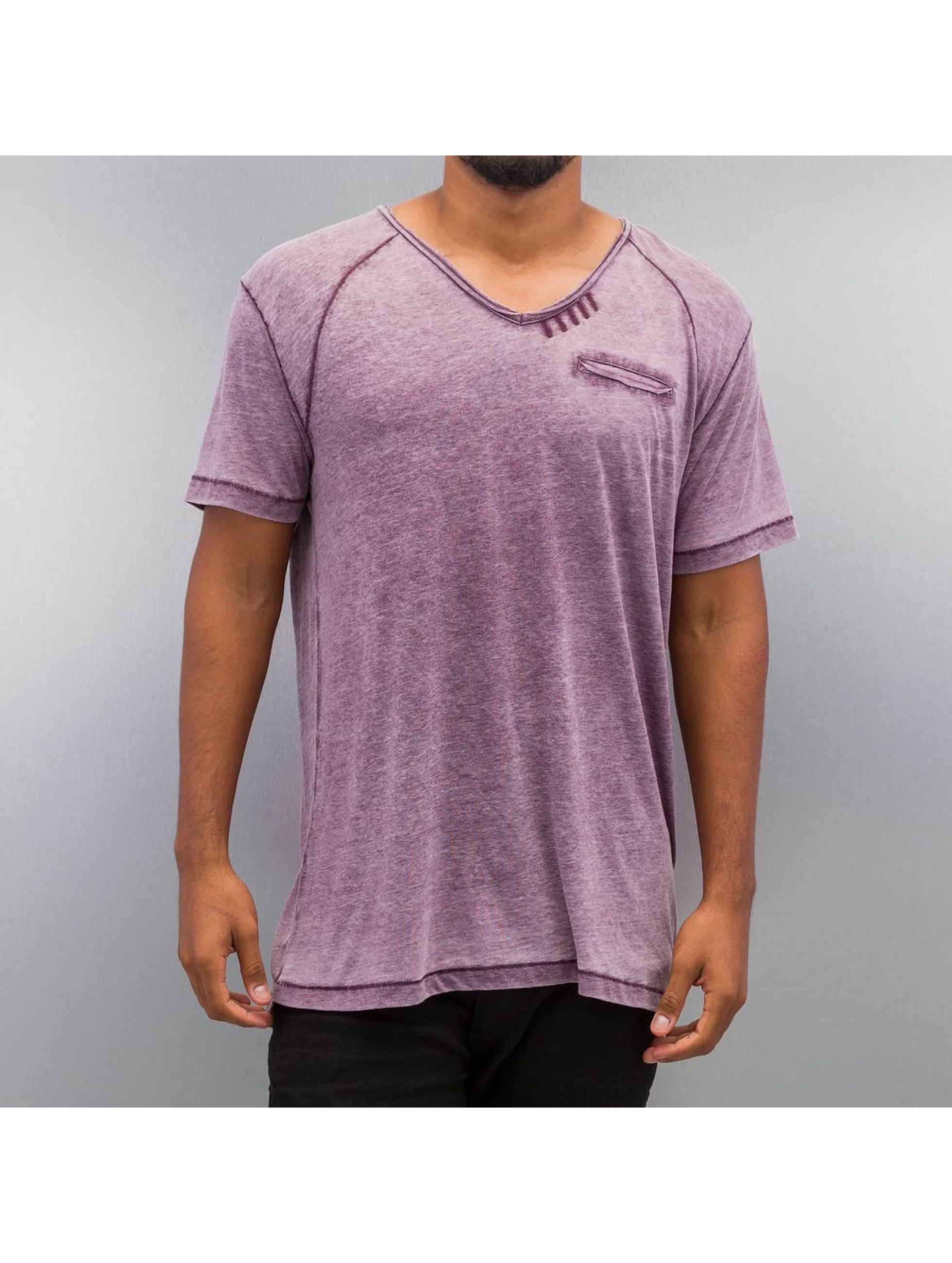 T-Shirt Burn Out Effect in violet