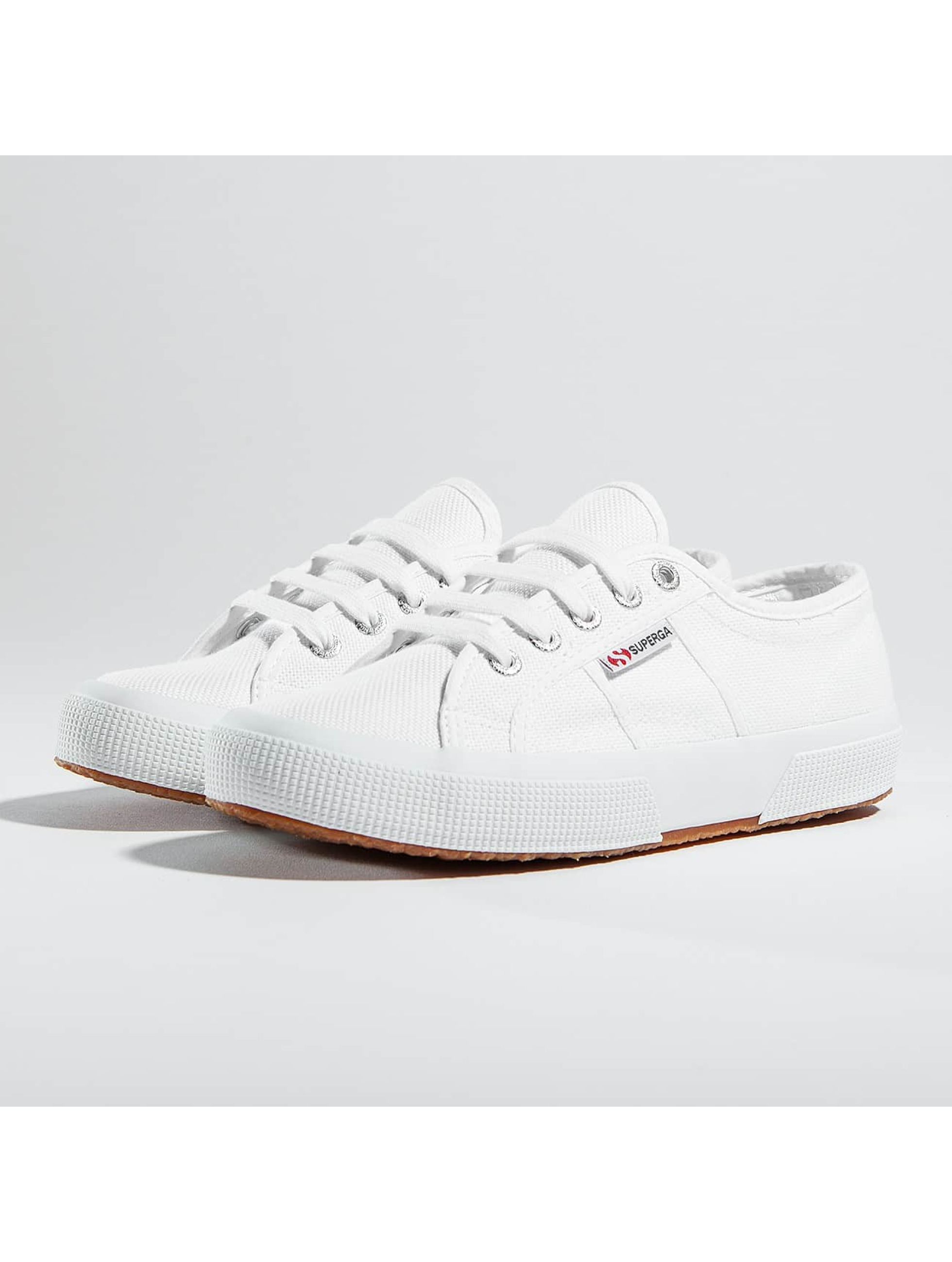 Superga Chaussures / Baskets 2750 Cotu en blanc