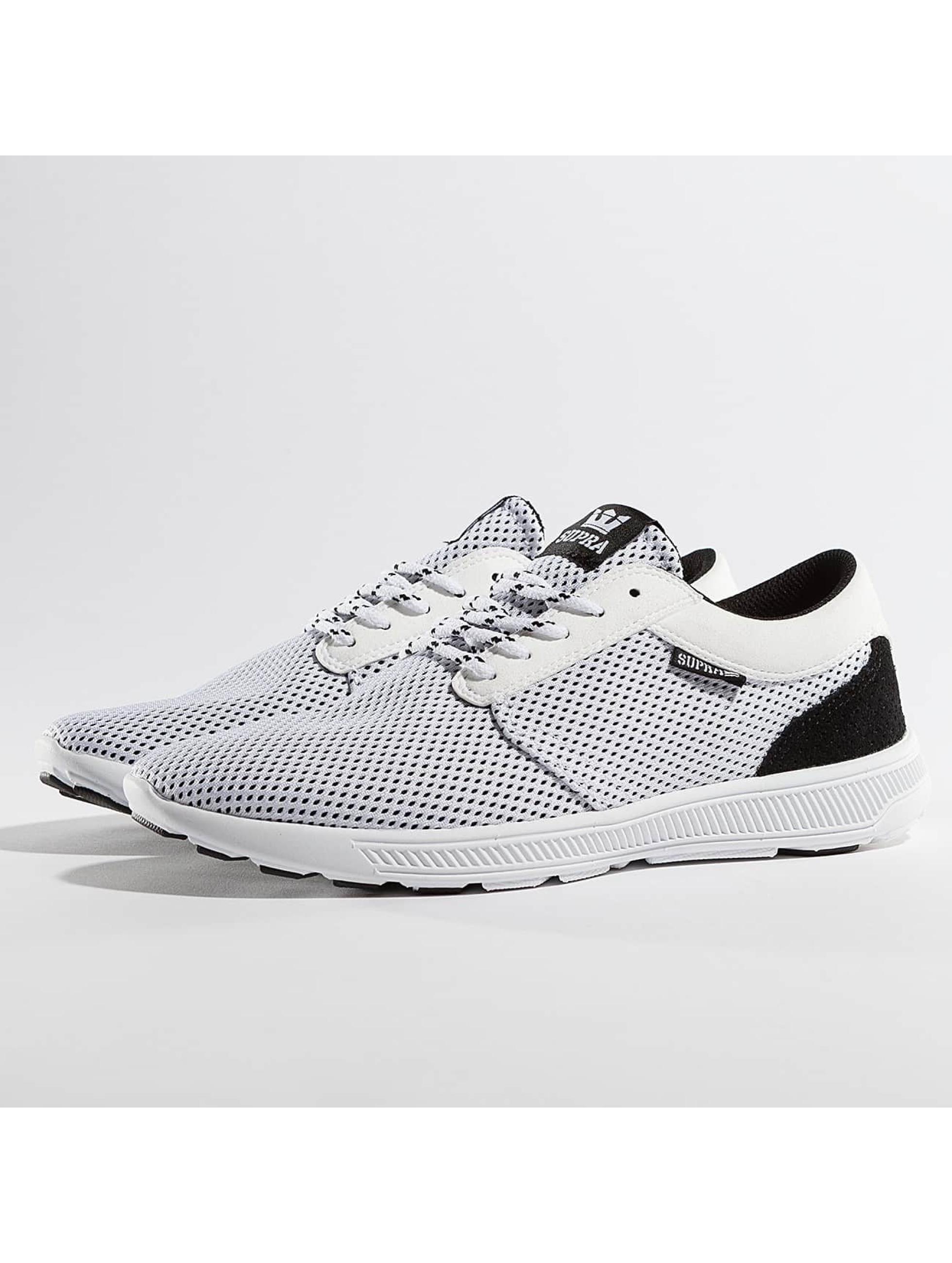 Supra Chaussures / Baskets Hammer Run en blanc