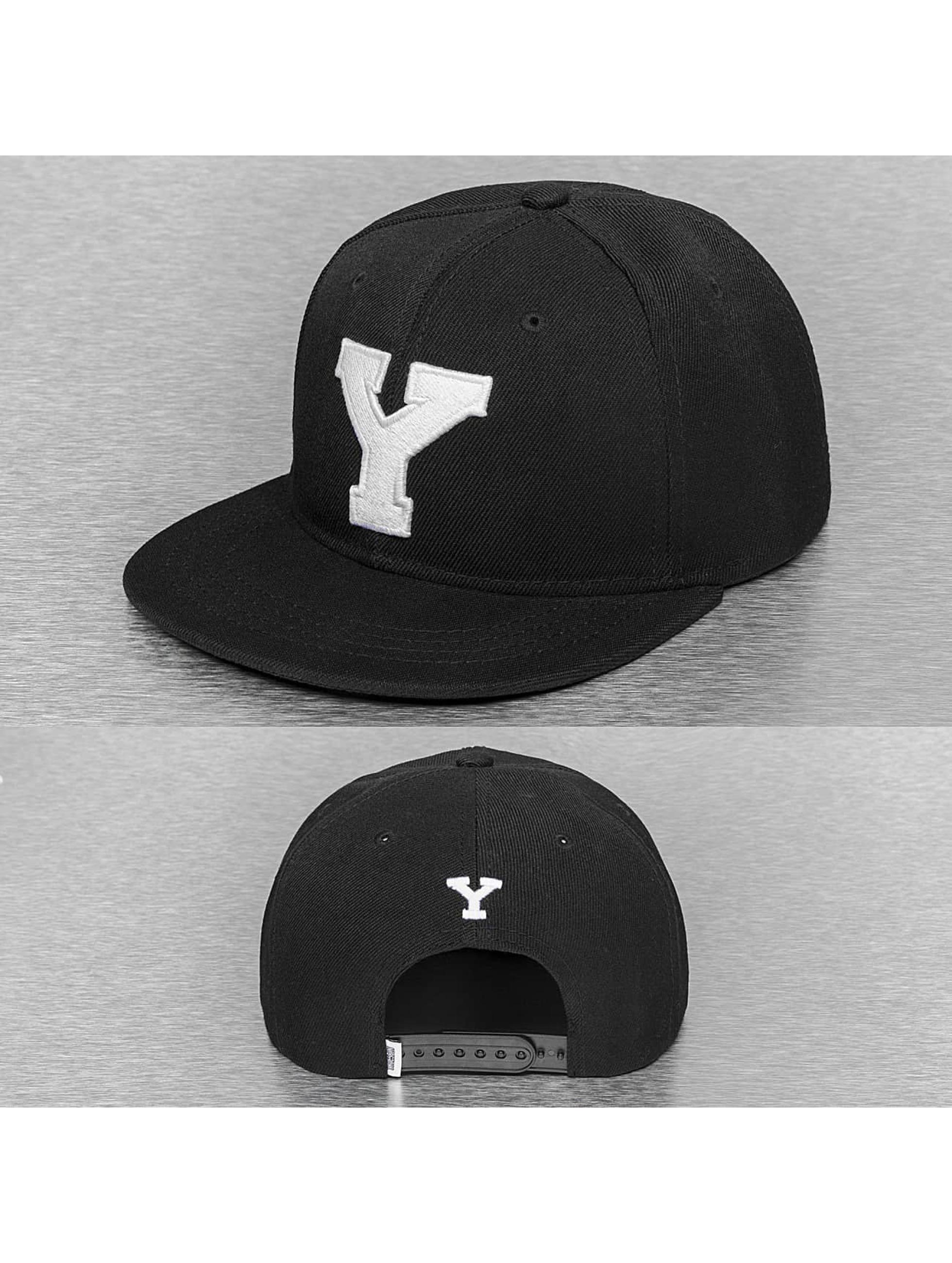 TrueSpin Кепка с застёжкой Y-ABC черный