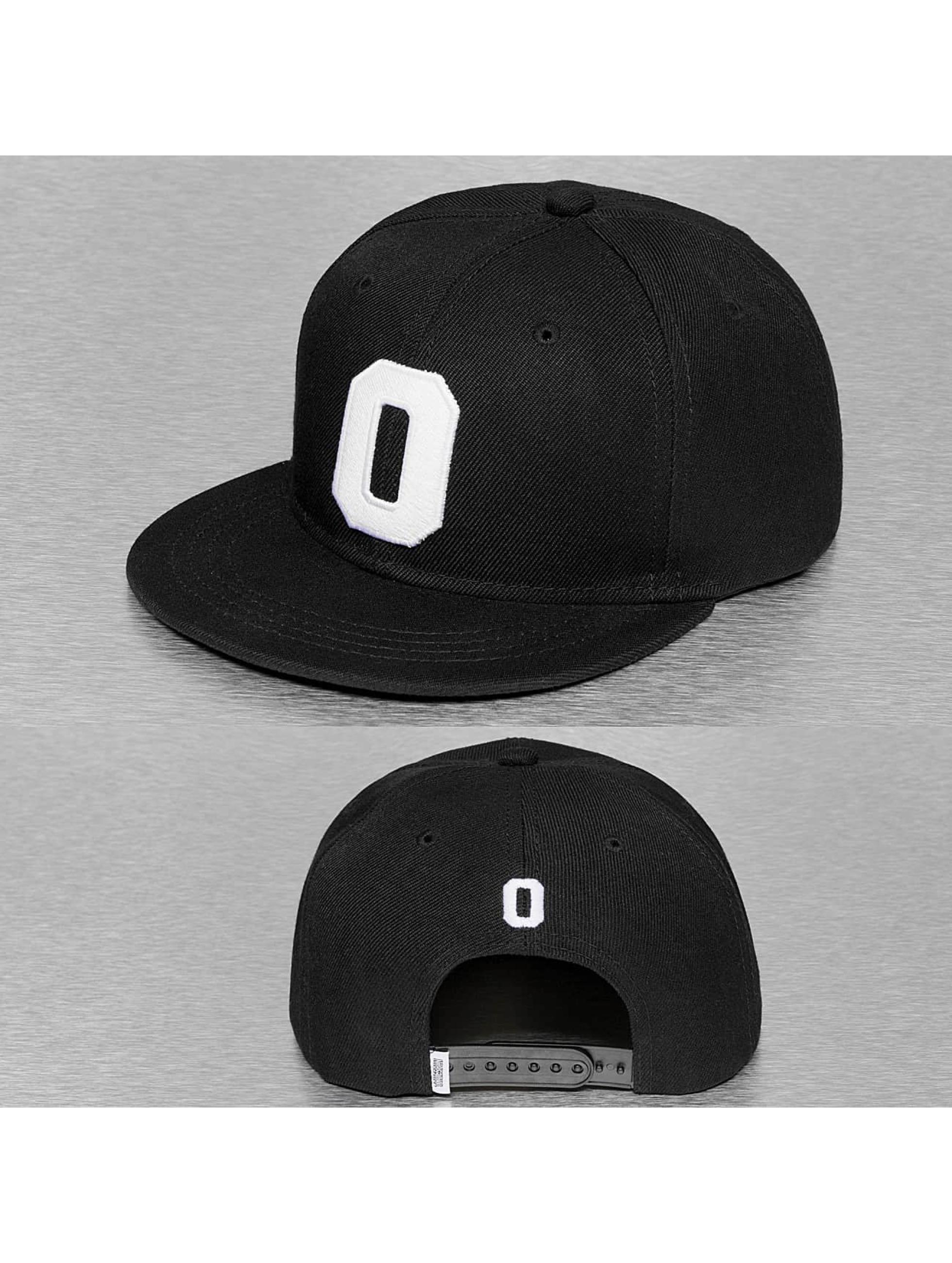 TrueSpin snapback cap O-ABC zwart