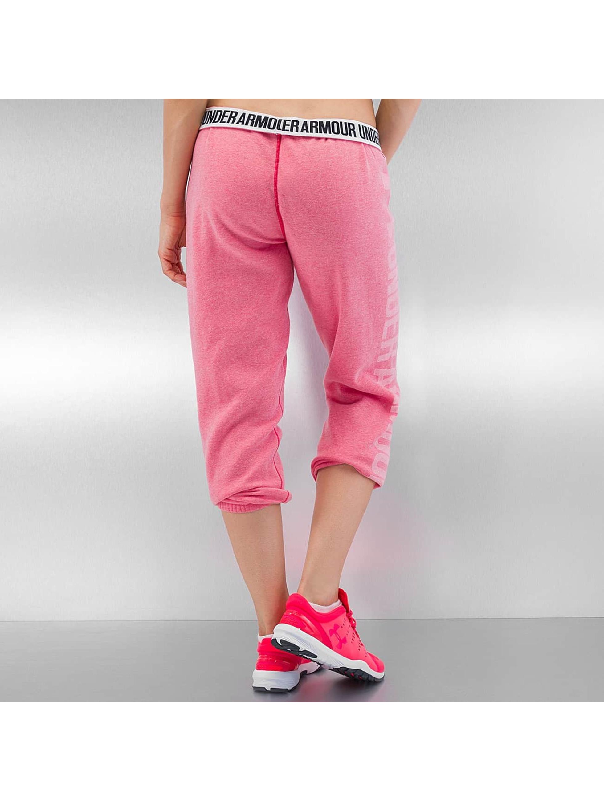 Under Armour Jogginghose Favorite Fleece Capri pink