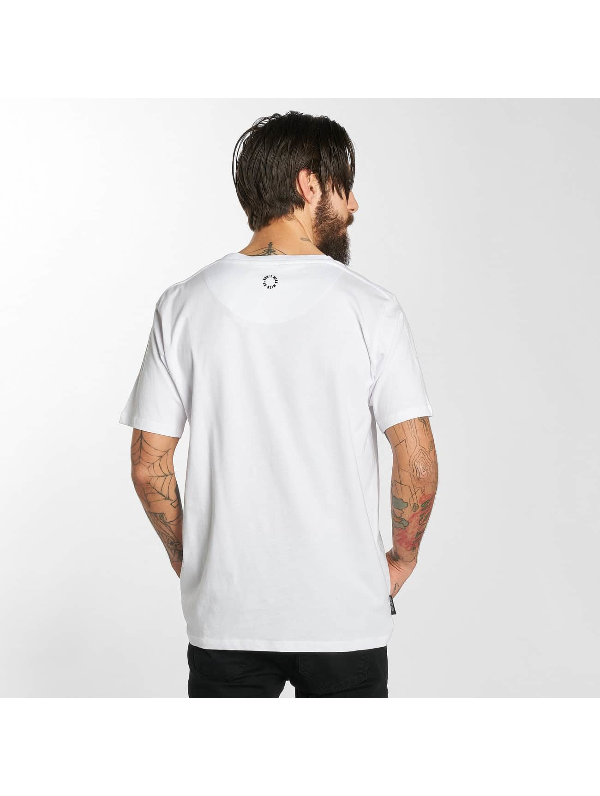 UNFAIR ATHLETICS T-skjorter Classic hvit