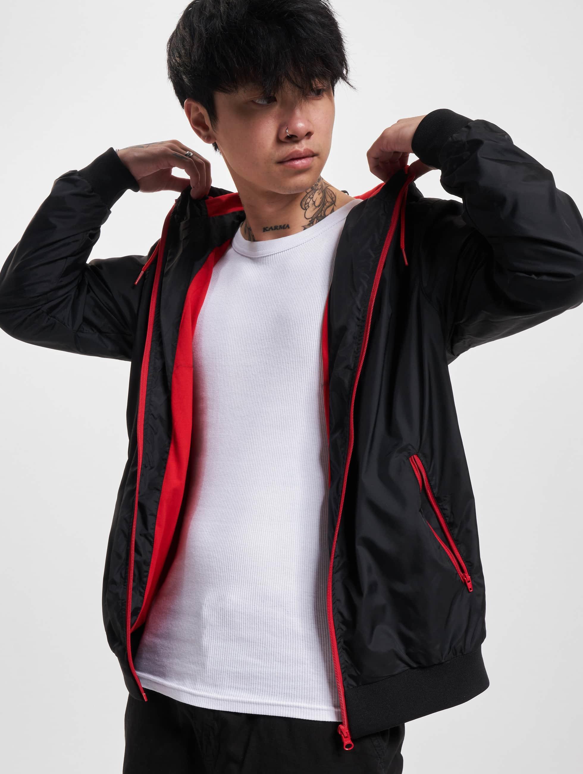 Urban Classics Демисезонная куртка Contrast Windrunner черный