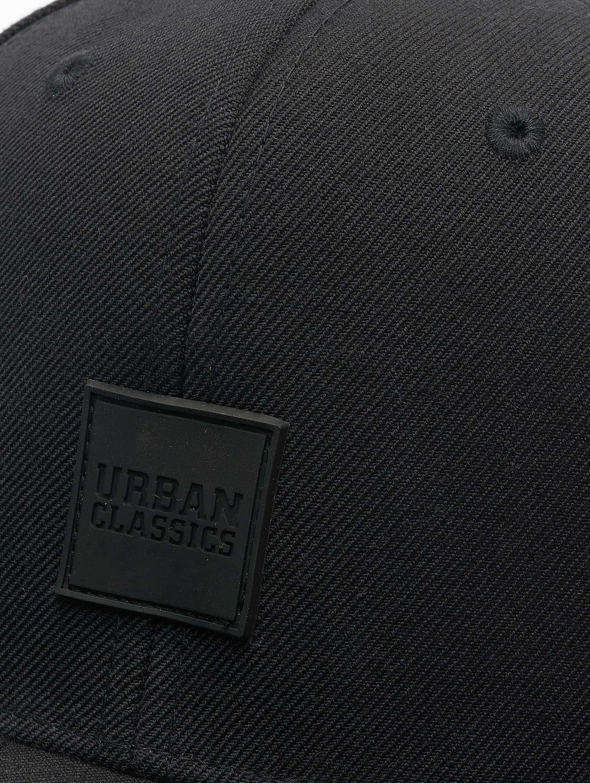 Urban Classics Кепка с застёжкой Patch черный