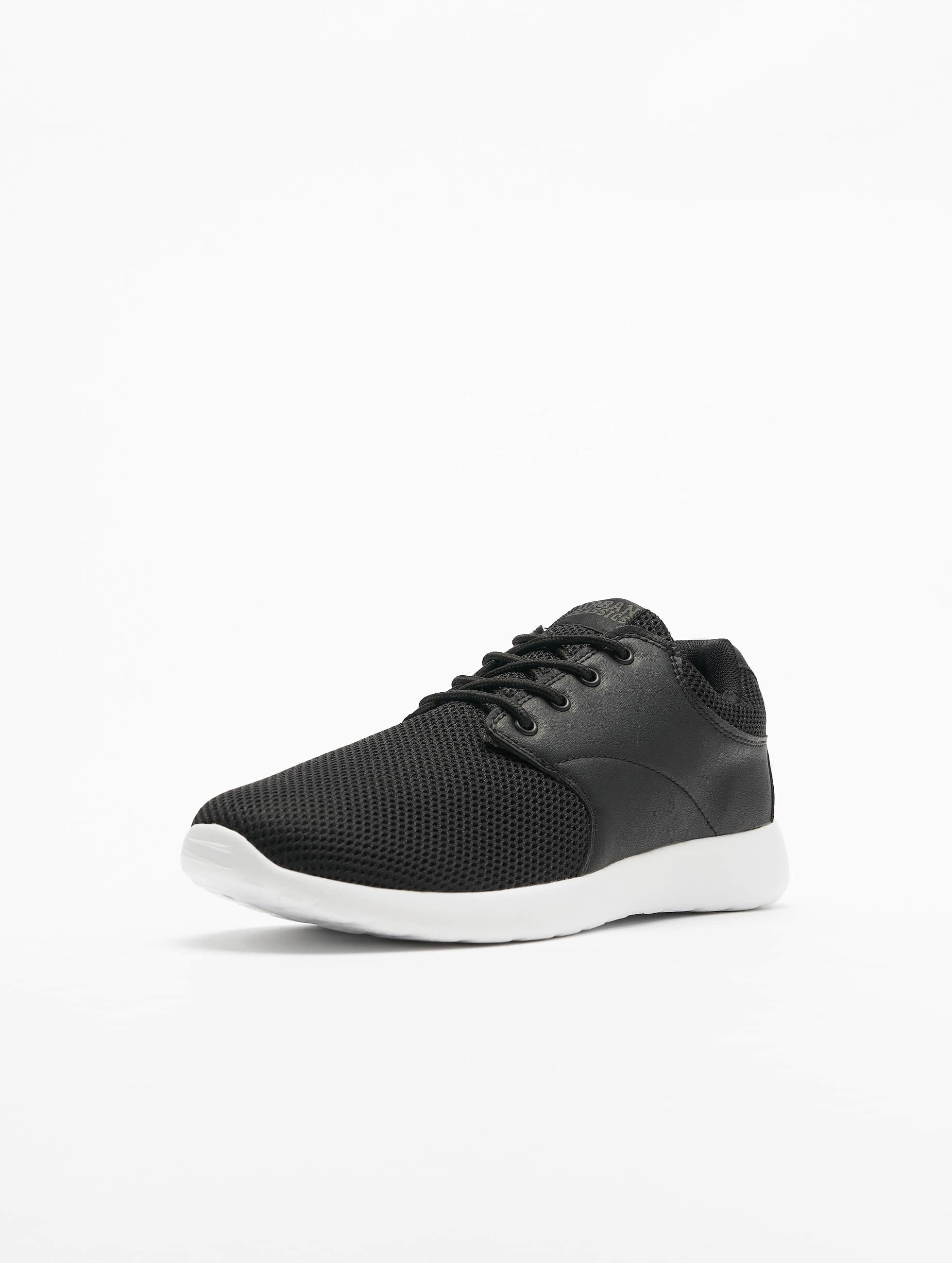 Urban Classics Сникеры Light Runner черный