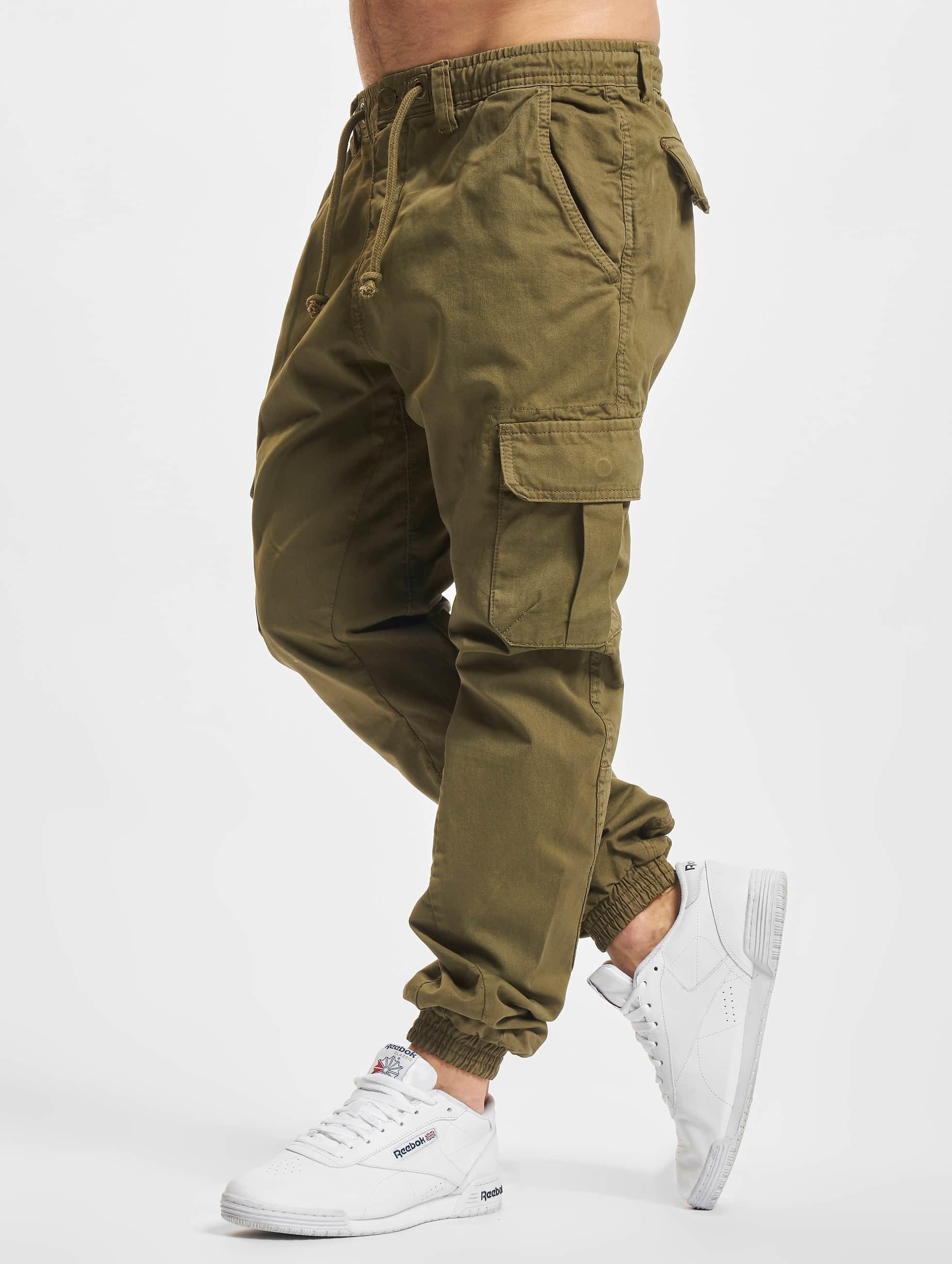 Urban Classics Спортивные брюки Cargo Jogging оливковый
