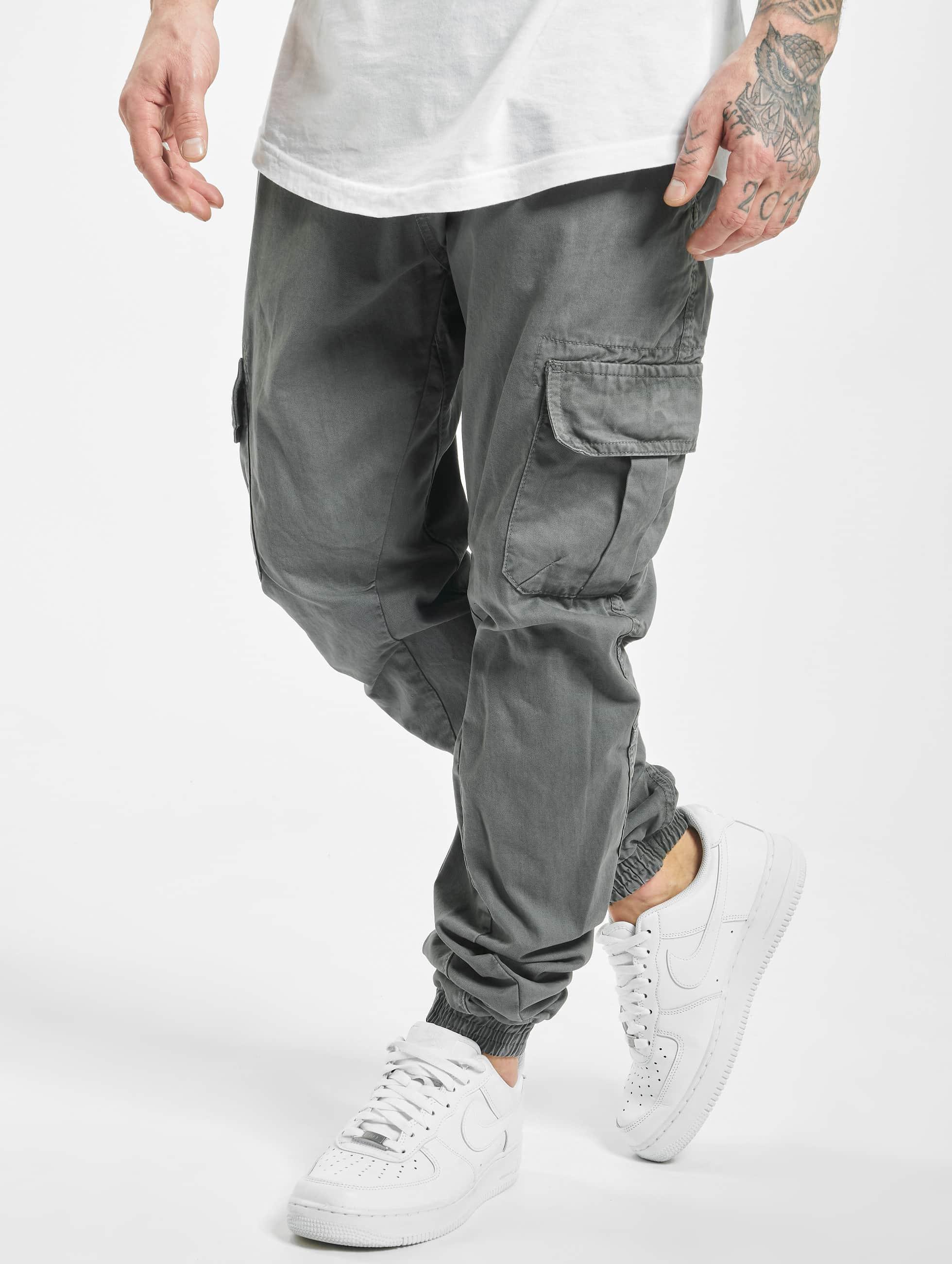 Urban Classics Спортивные брюки Cargo Jogging серый