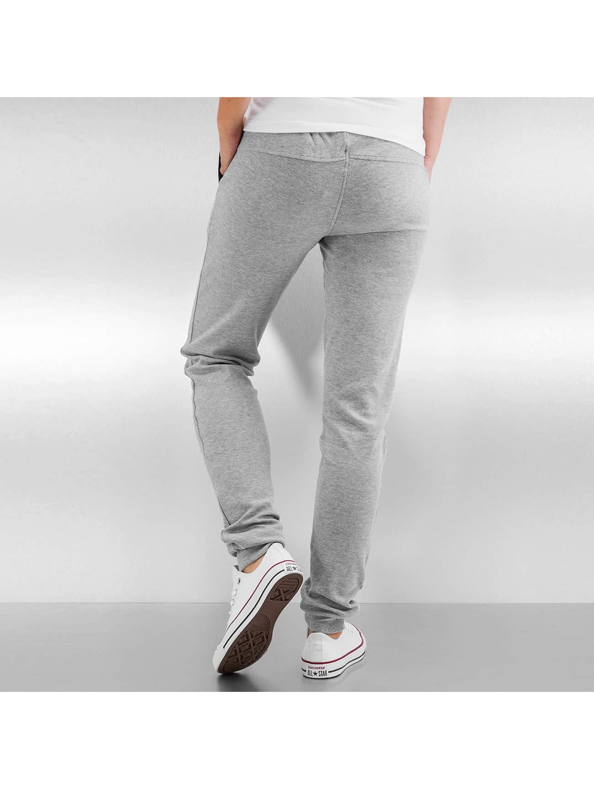 Urban Classics Спортивные брюки Fitted Athletic серый