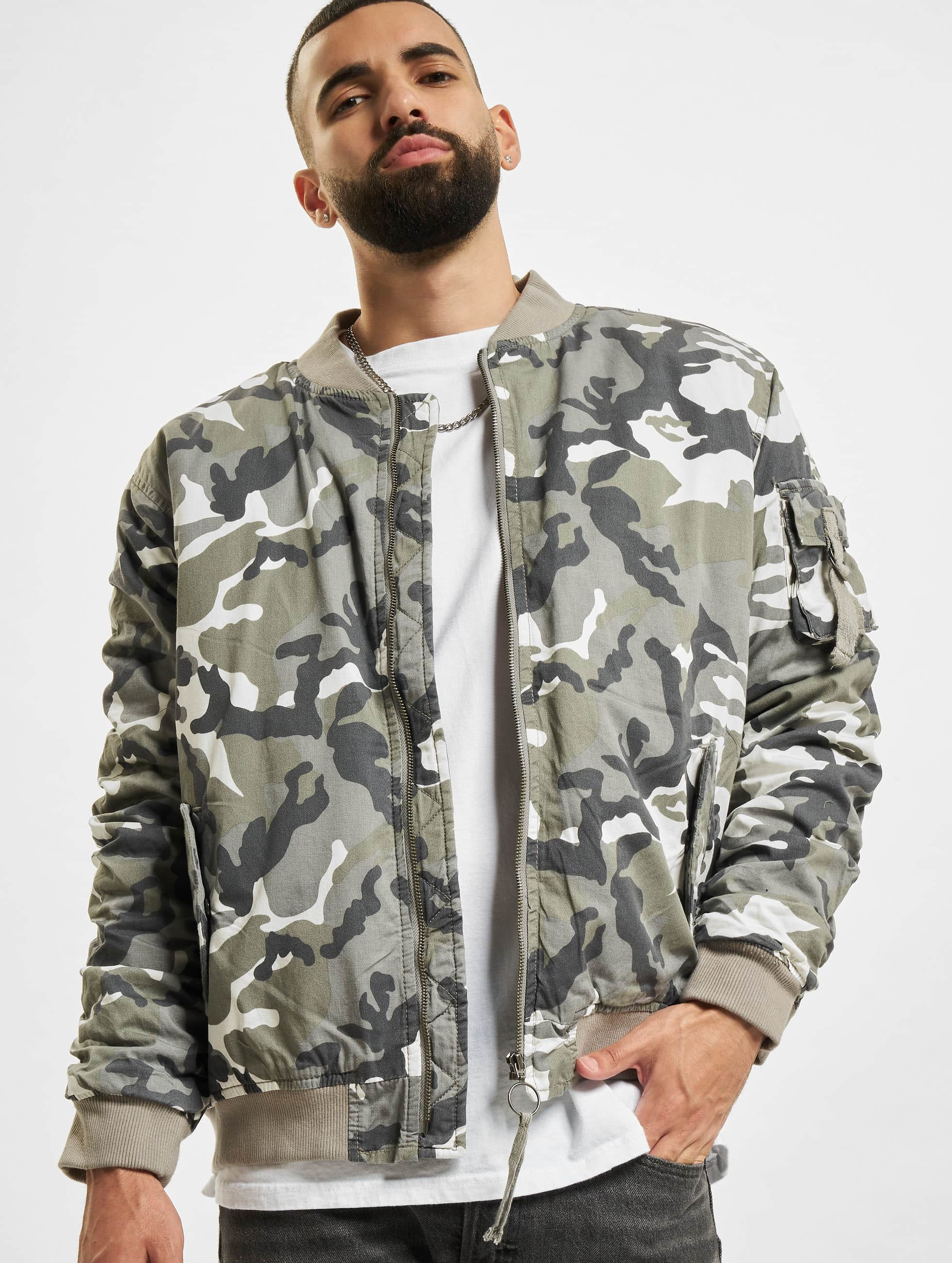 Urban Classics Vintage Camo camouflage Bomber homme