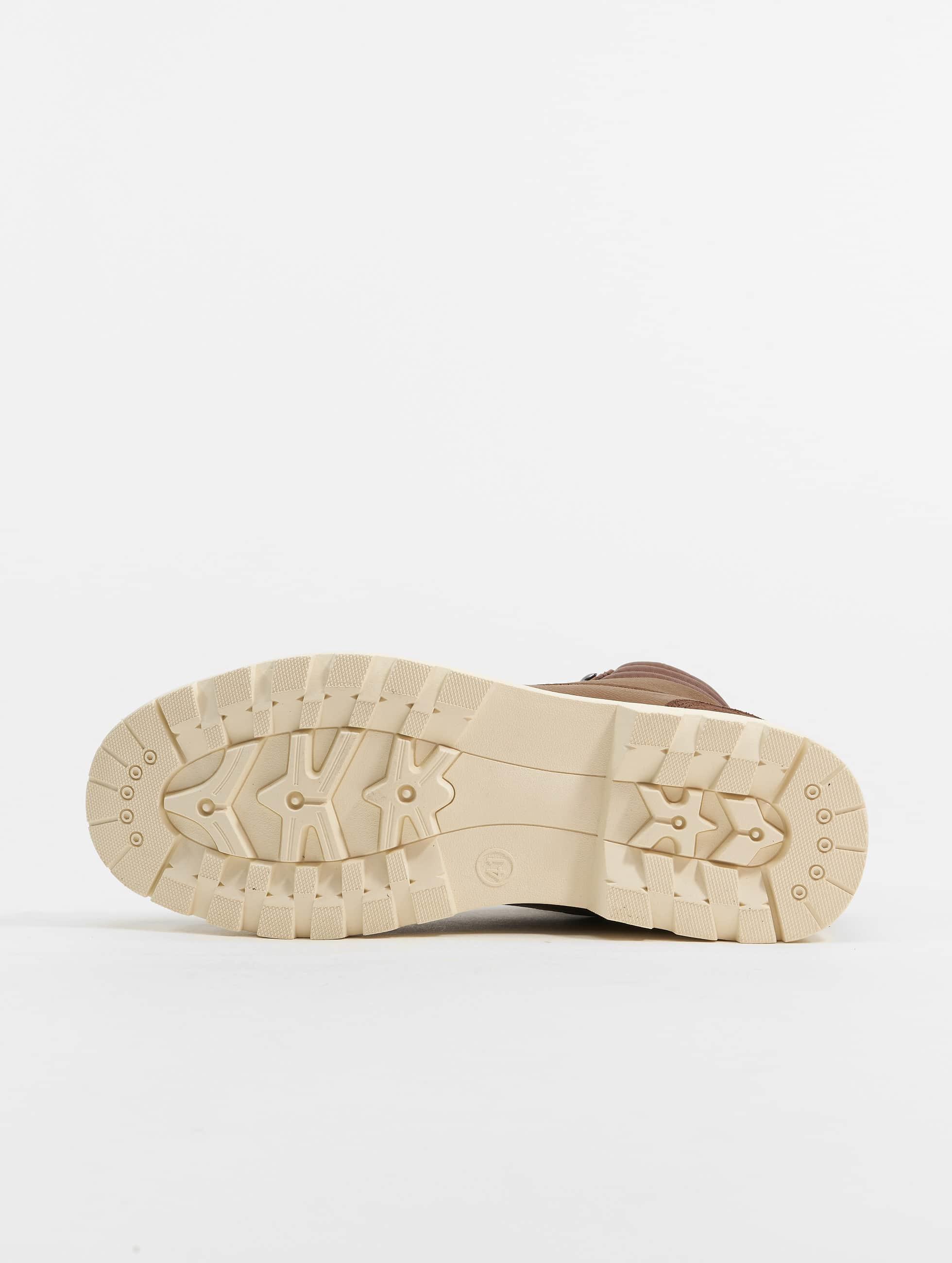 Urban Classics Boots Winter braun