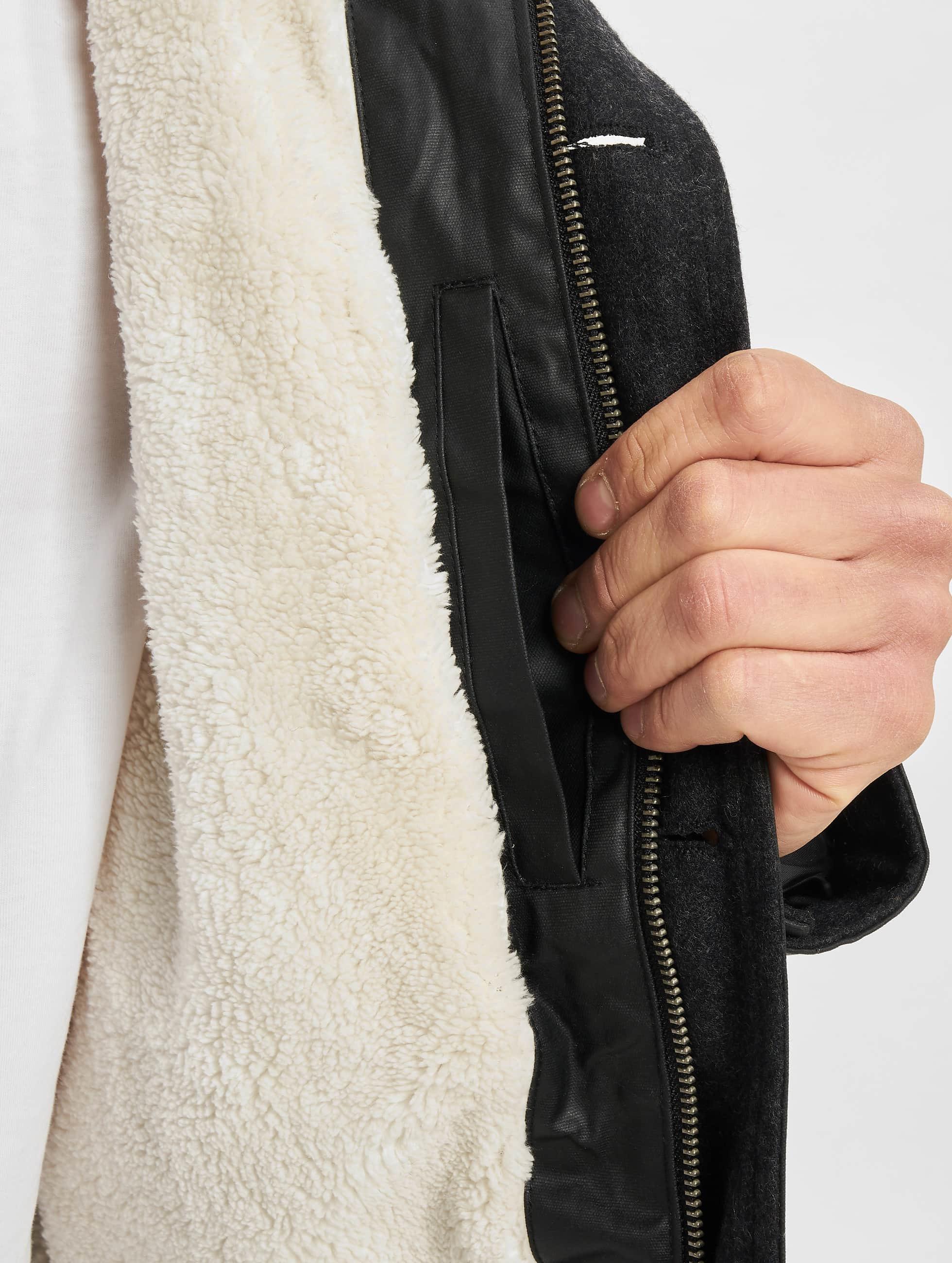 Urban Classics Manteau hiver Coated Nylon noir