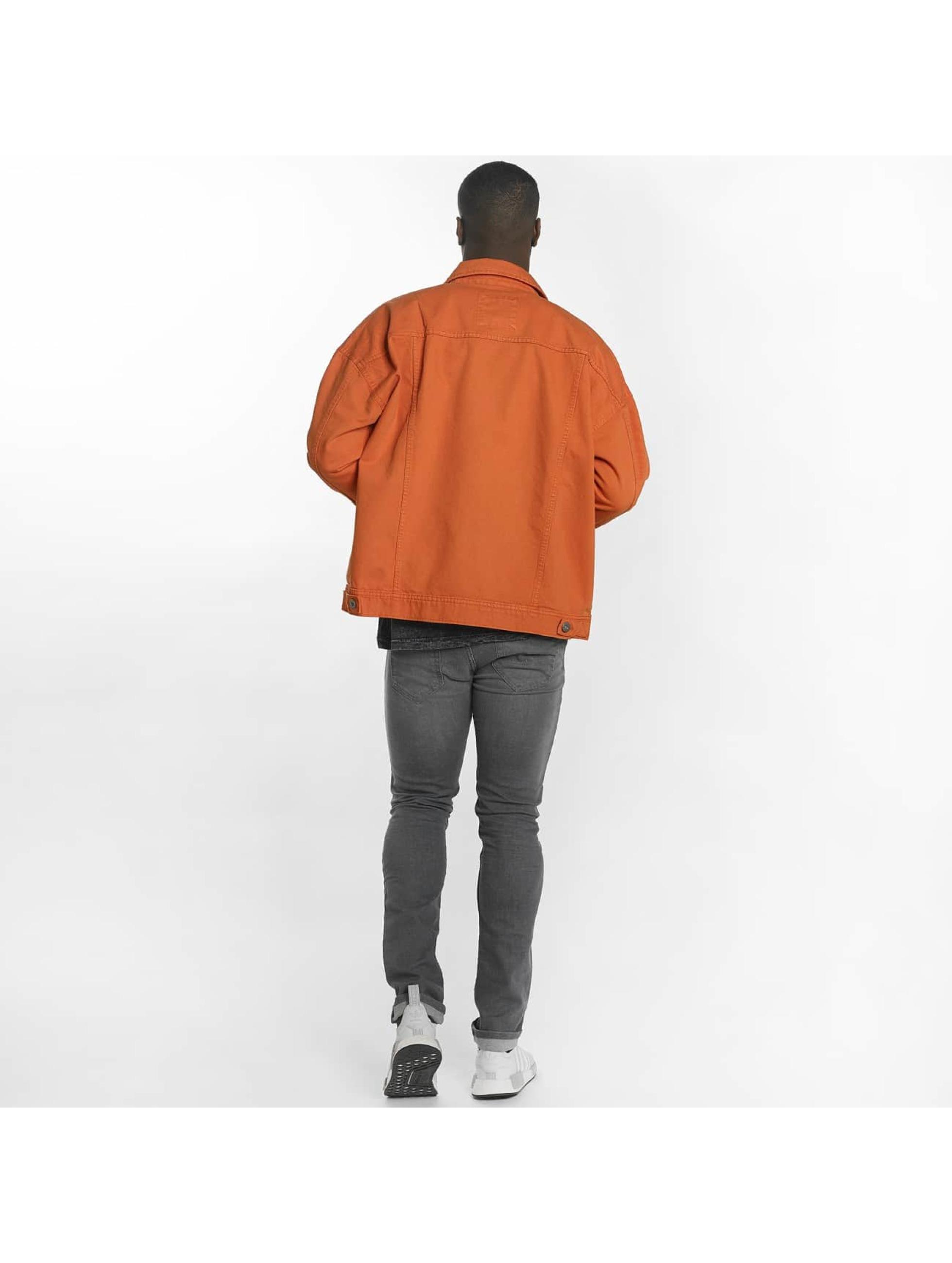 Urban Classics Prechodné vetrovky Garment Dye Oversize oranžová