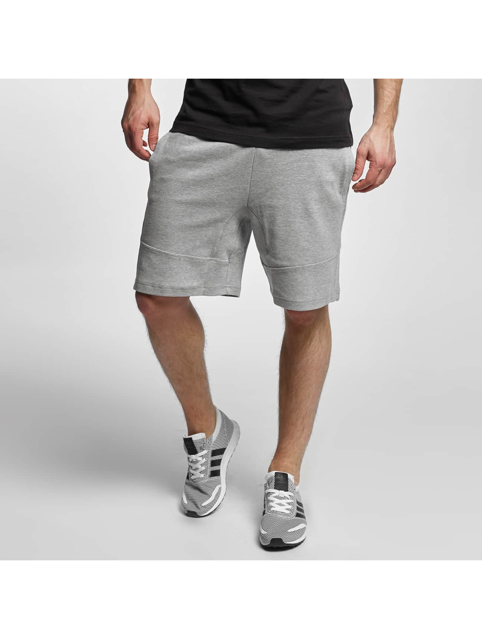 Urban Classics Shorts Interlock grau