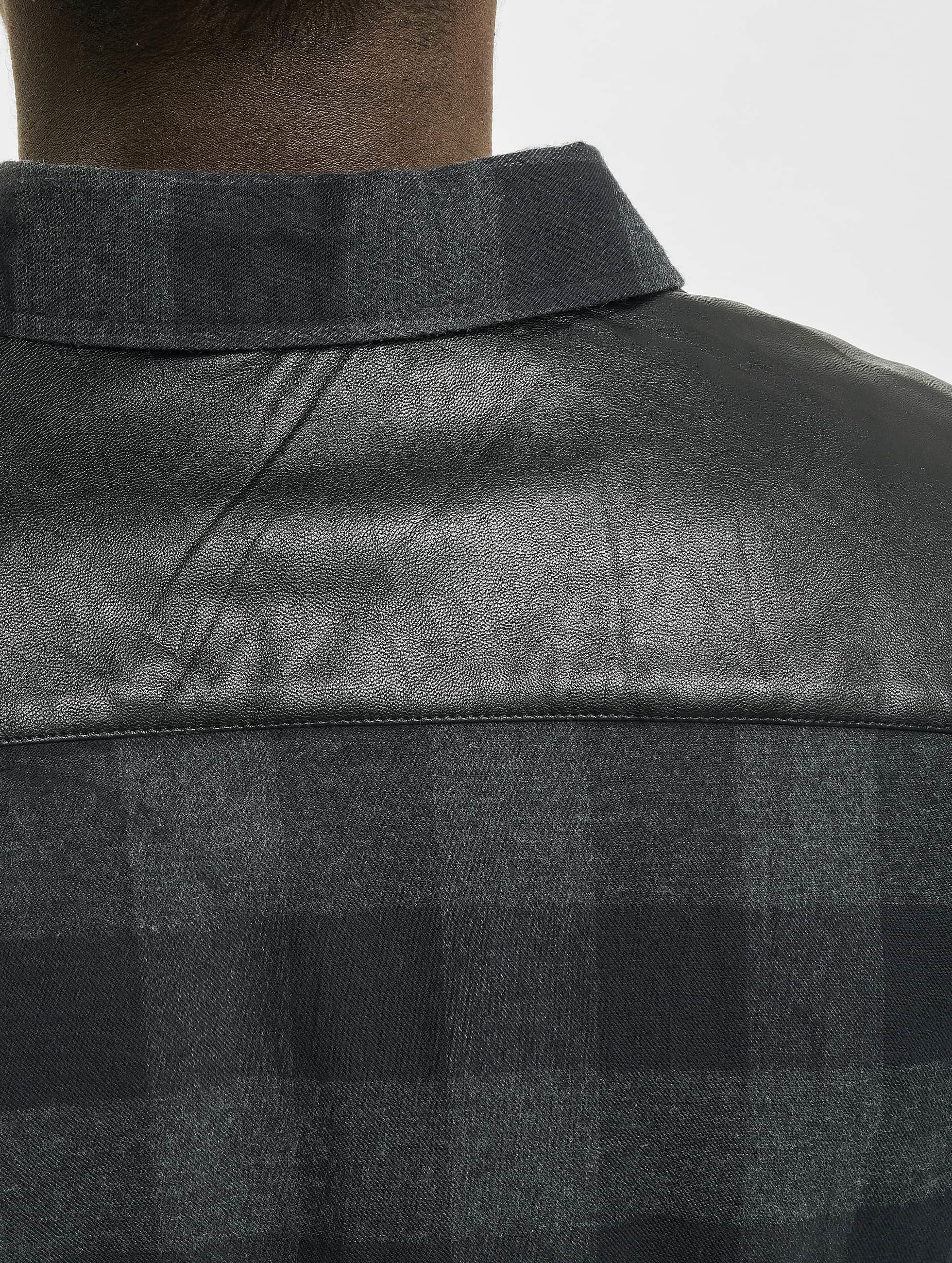 Urban Classics Skjorter Side Zip Leather Shoulder Flanell svart