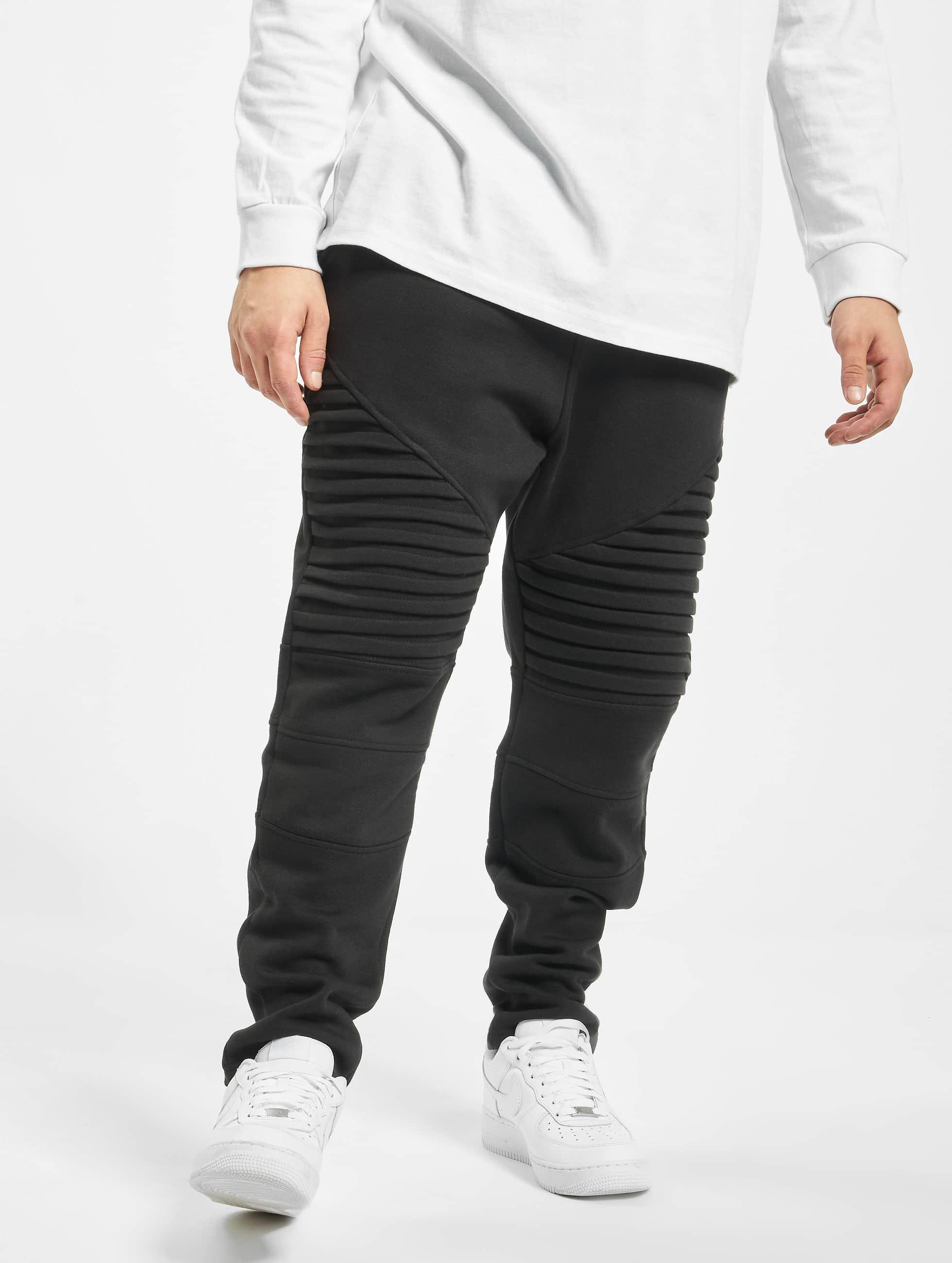 Urban Classics Spodnie do joggingu Pleat czarny