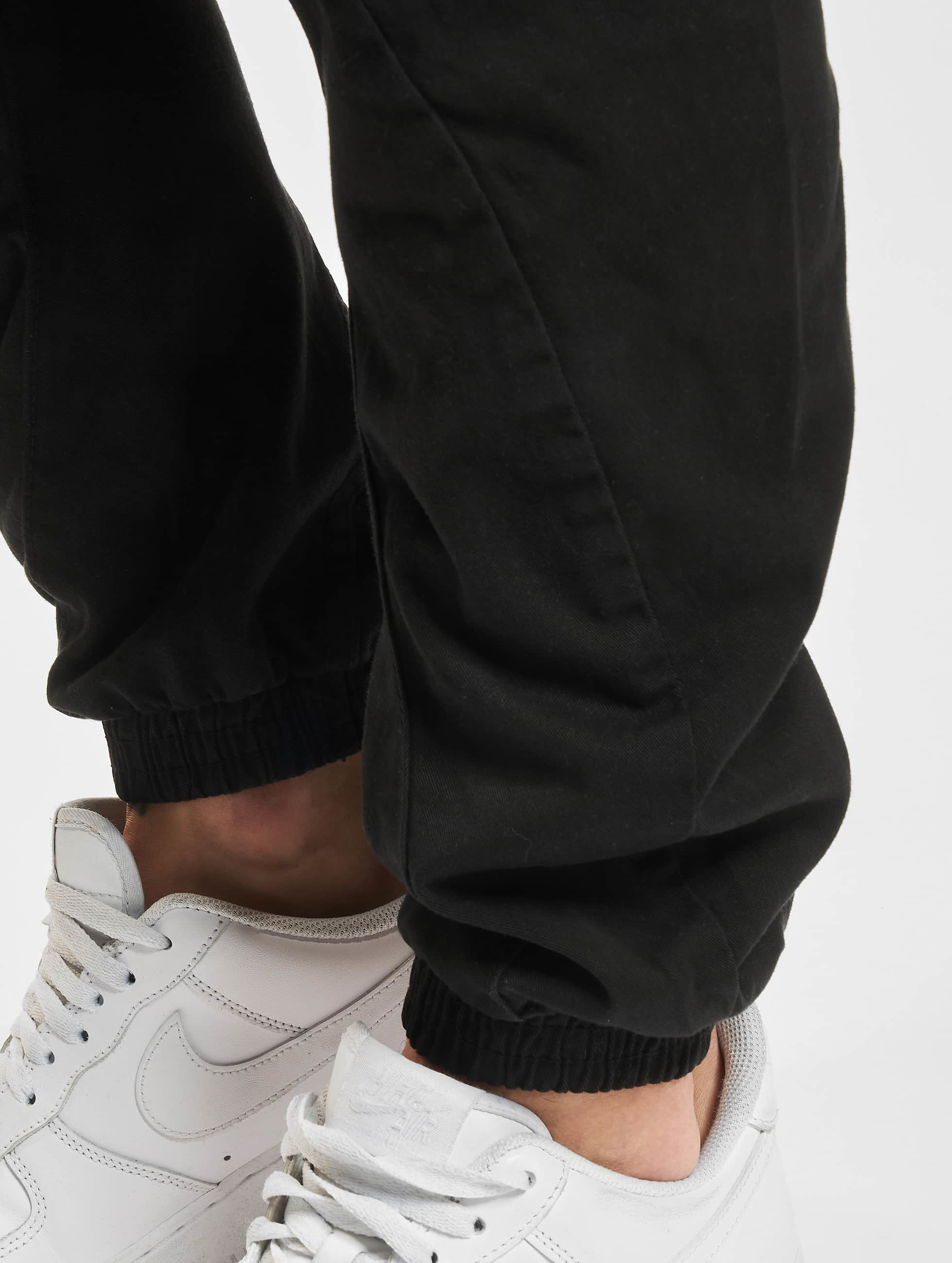 Urban Classics Spodnie do joggingu Stretch czarny