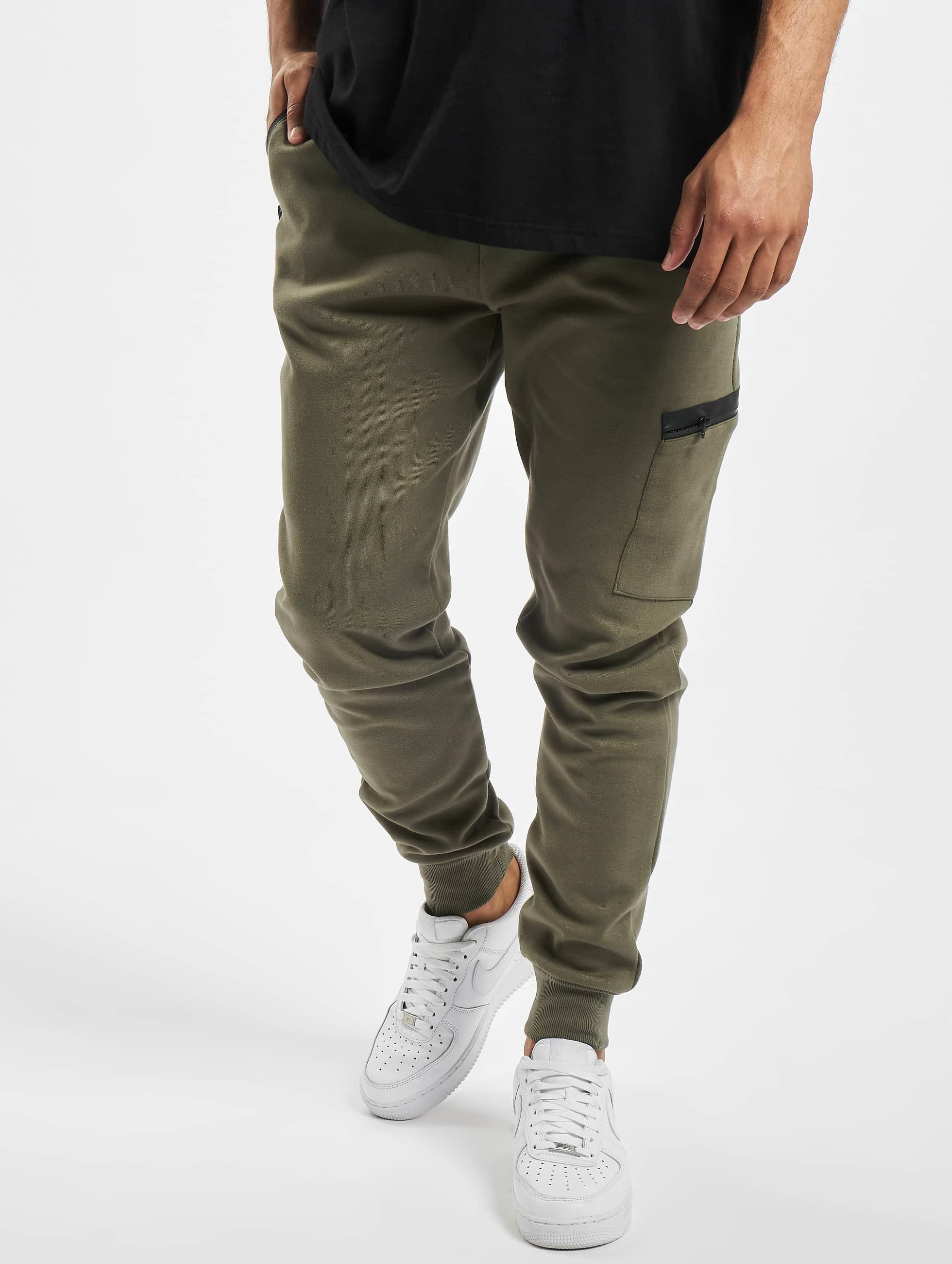 Urban Classics Spodnie do joggingu Athletic Interlock oliwkowy