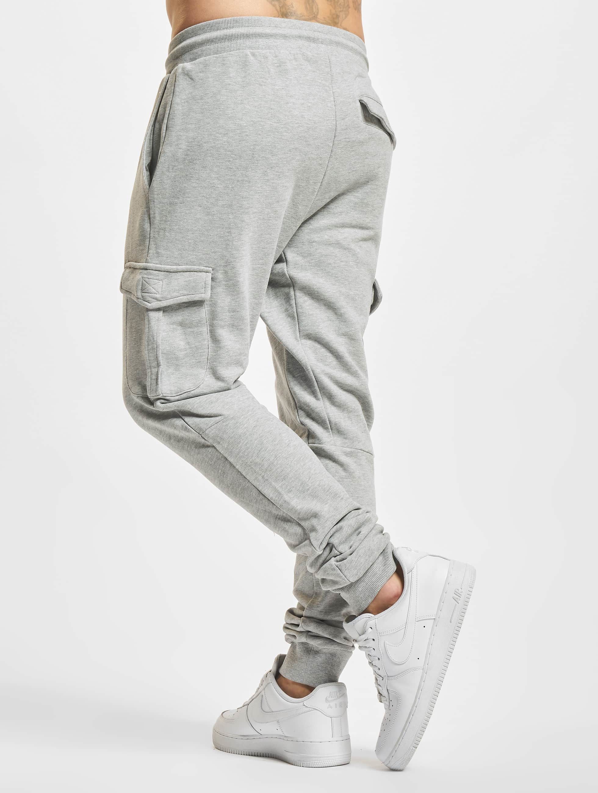 Urban Classics Spodnie do joggingu Fitted Cargo szary