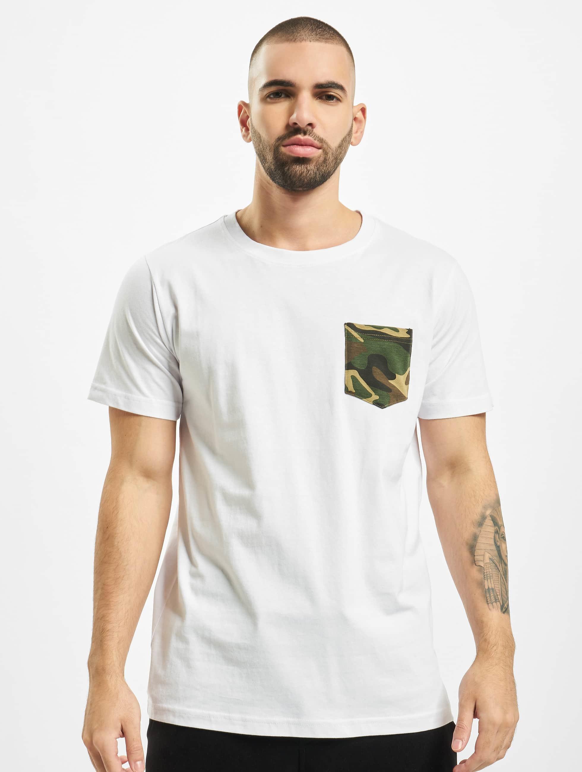 Urban Classics T-Shirt Camo Pocket blanc