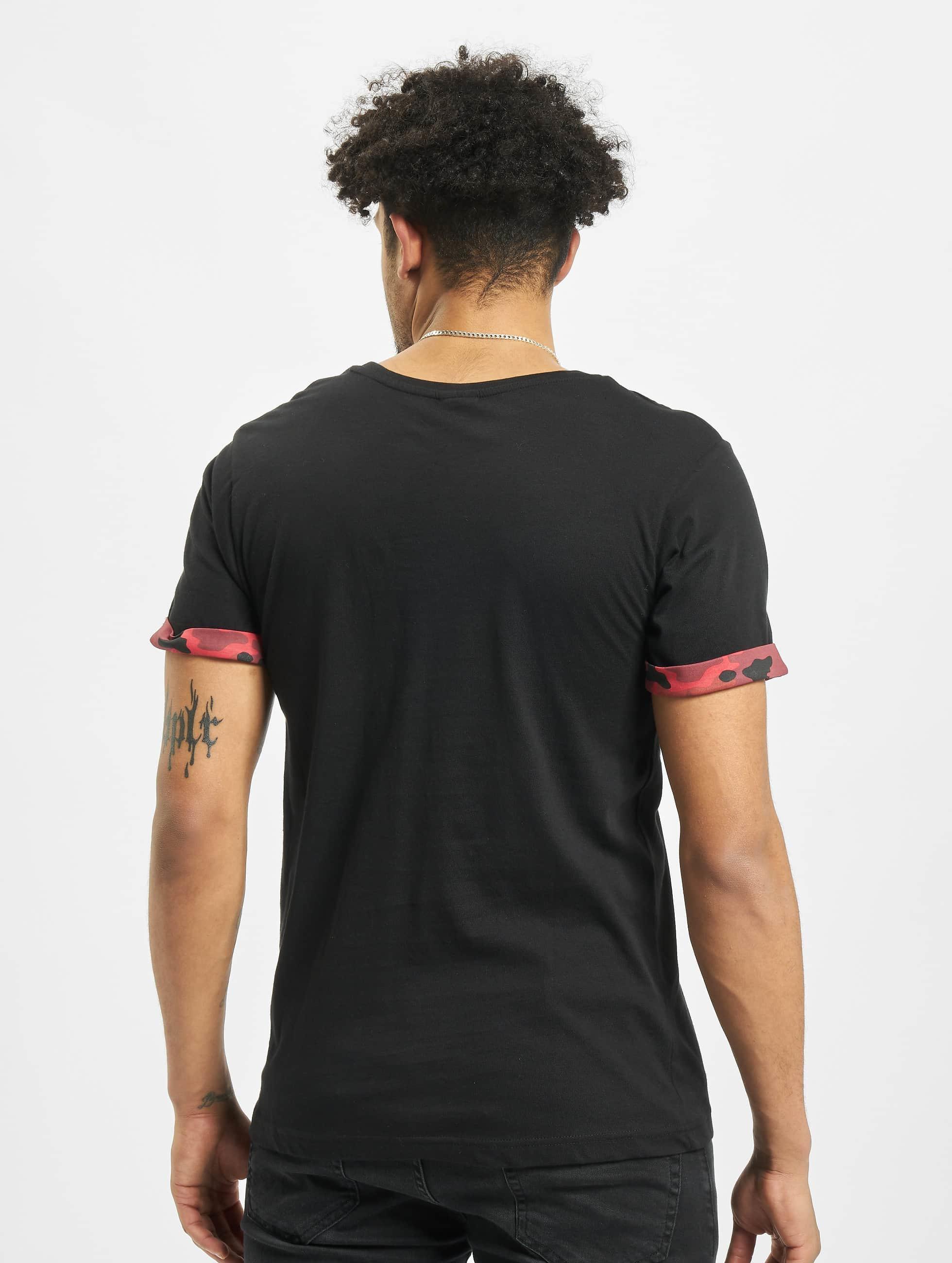 Urban Classics t-shirt Camo Contrast Pocket zwart