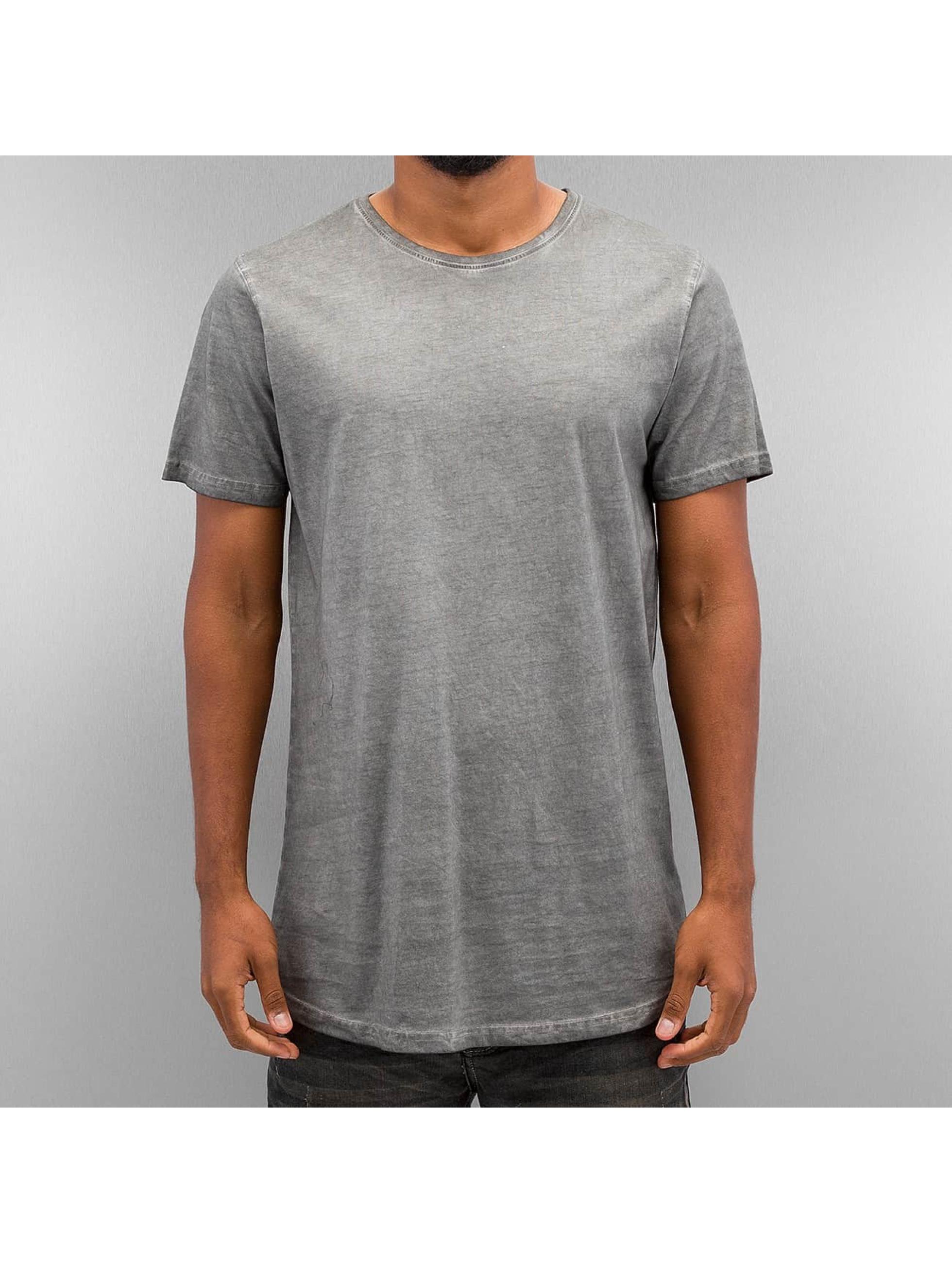 Urban Classics T-skjorter Shaped Long Cold Dye grå