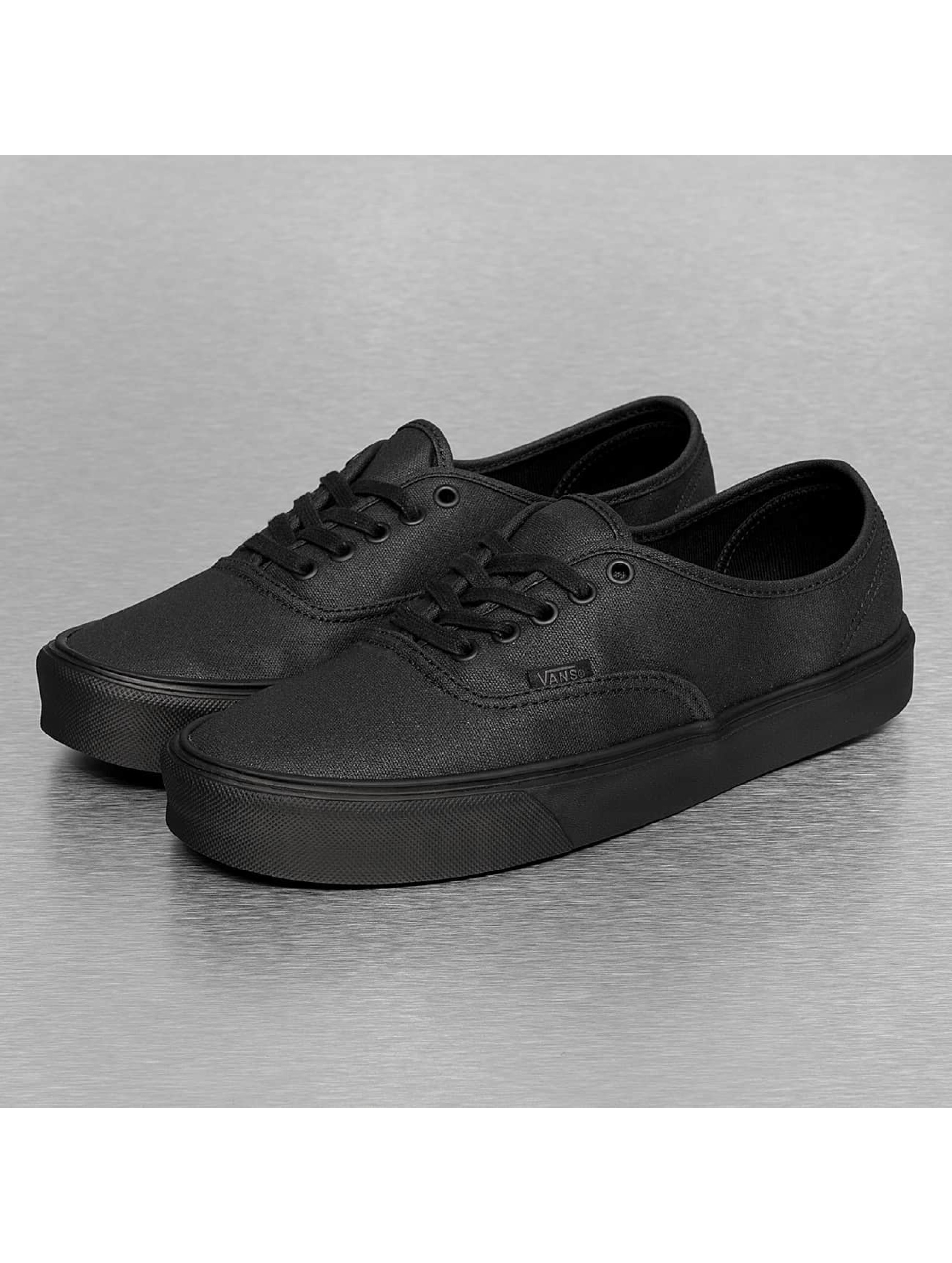 Vans Black And White Authentic