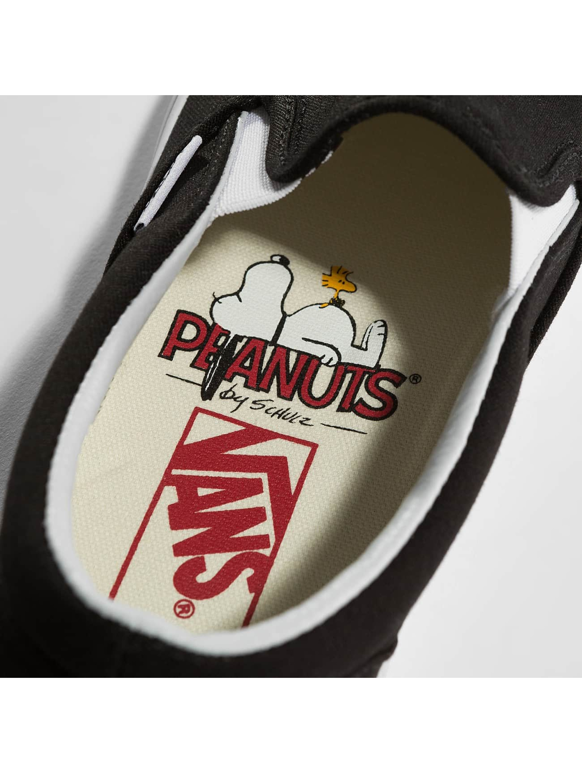 Vans Tennarit Peanuts Classic Slip On musta