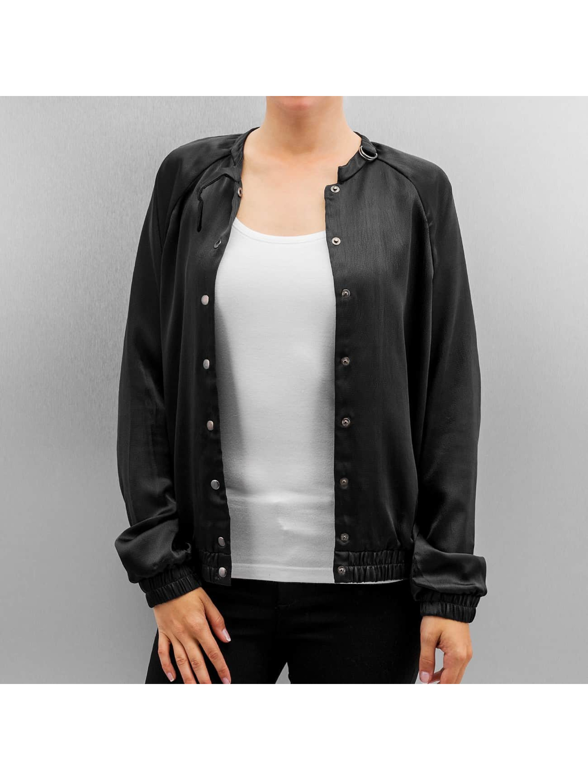 Vero Moda Куртка-бомбардир vmPam черный