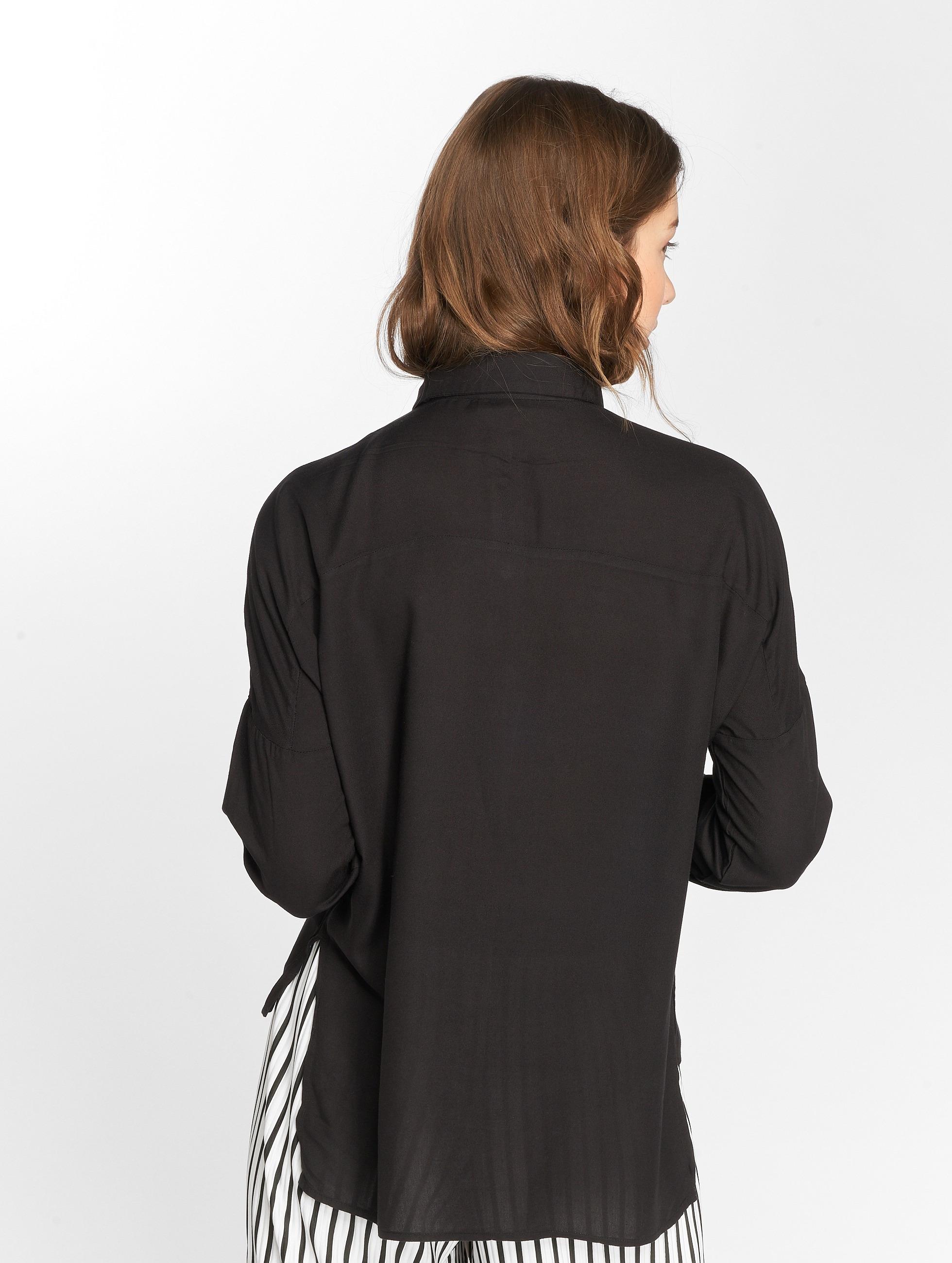 Vero Moda Bluzka/Tuniki vmMerves czarny