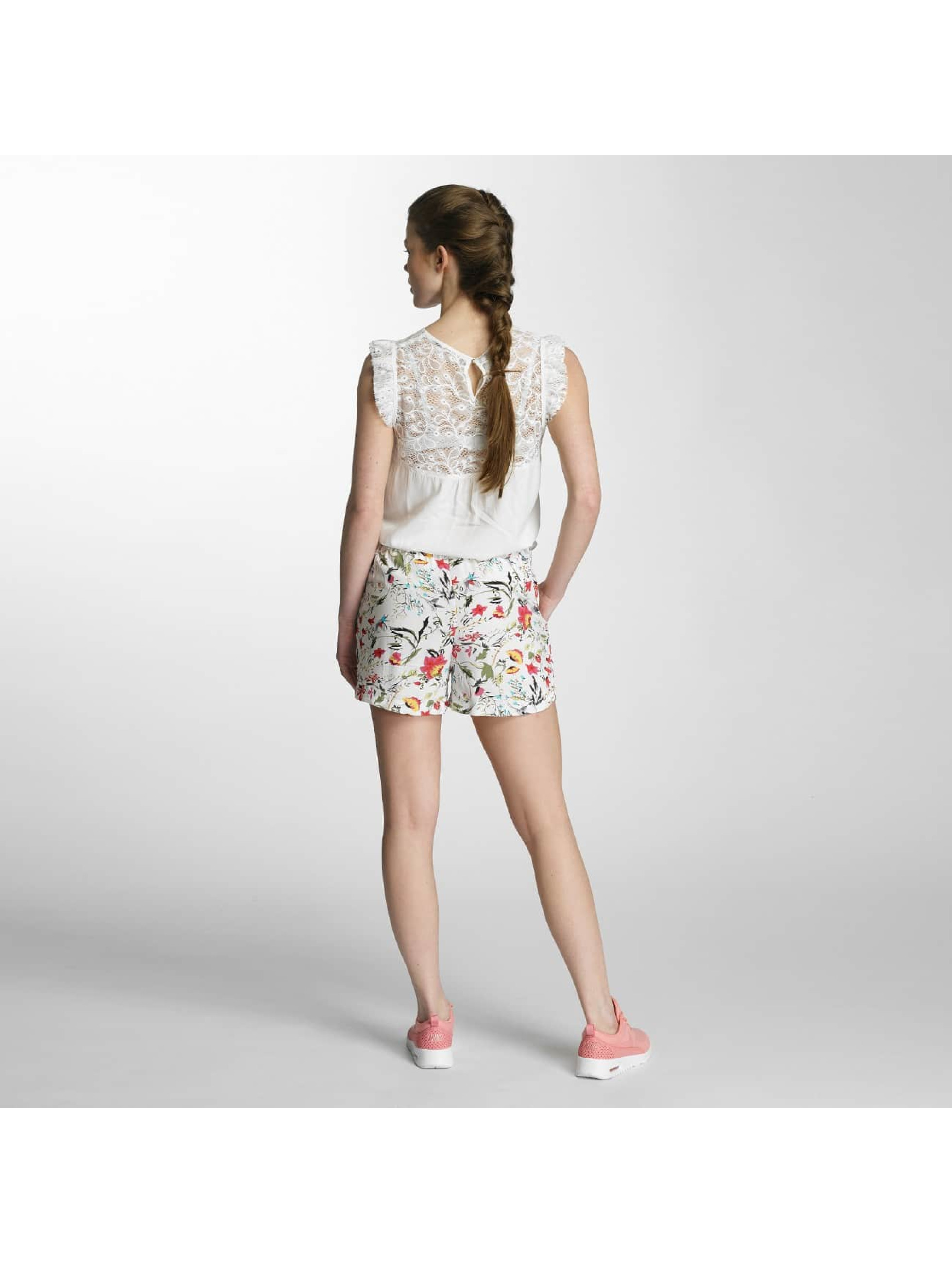 Vero Moda Shortsit vmNow valkoinen