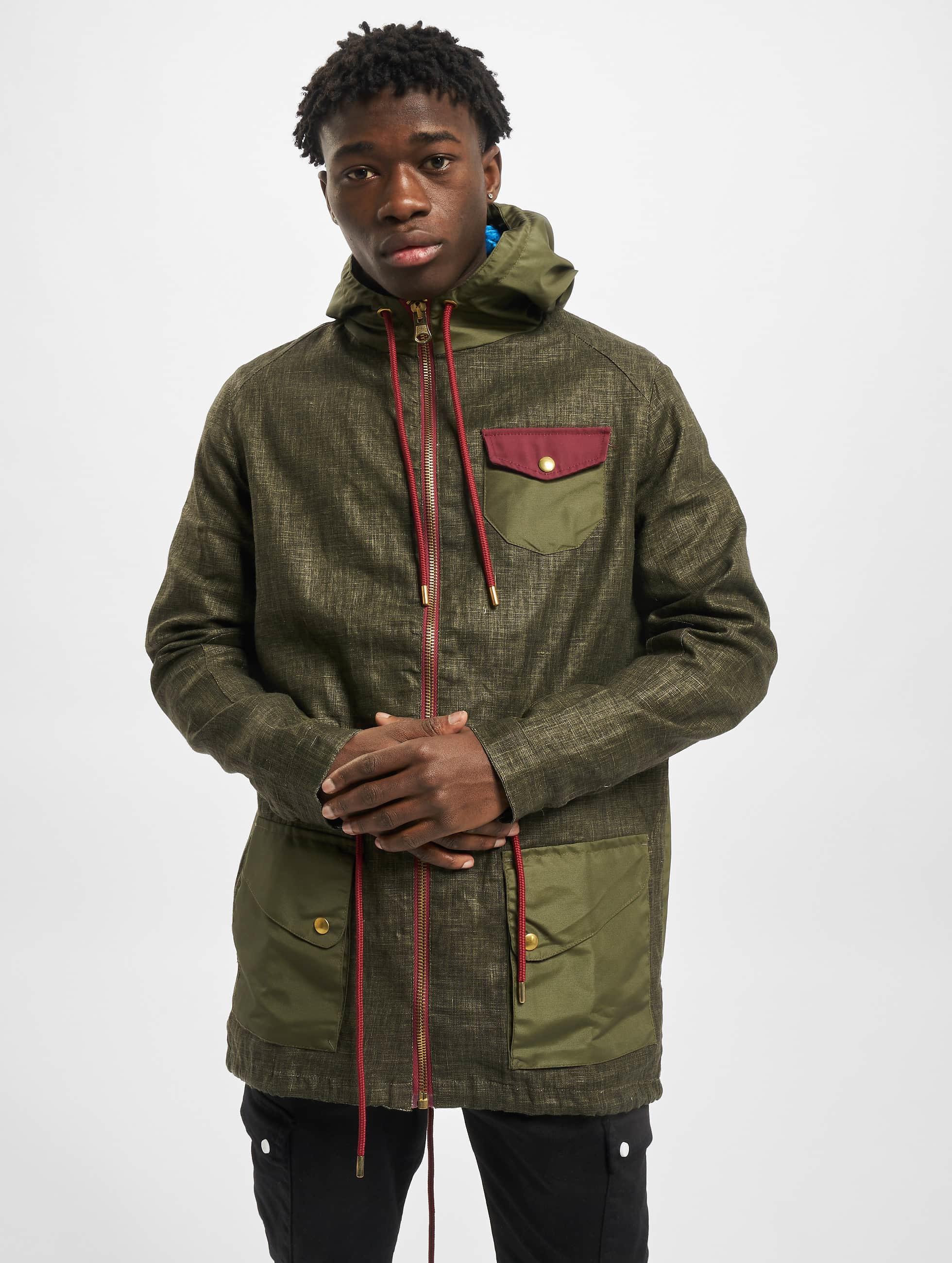 VSCT Clubwear Демисезонная куртка Contrast Rain оливковый