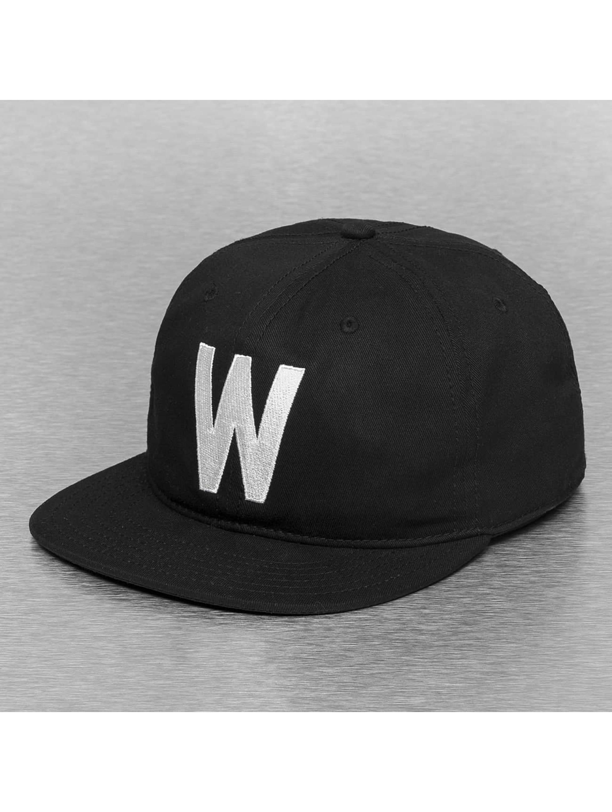 Wemoto snapback cap Boston zwart