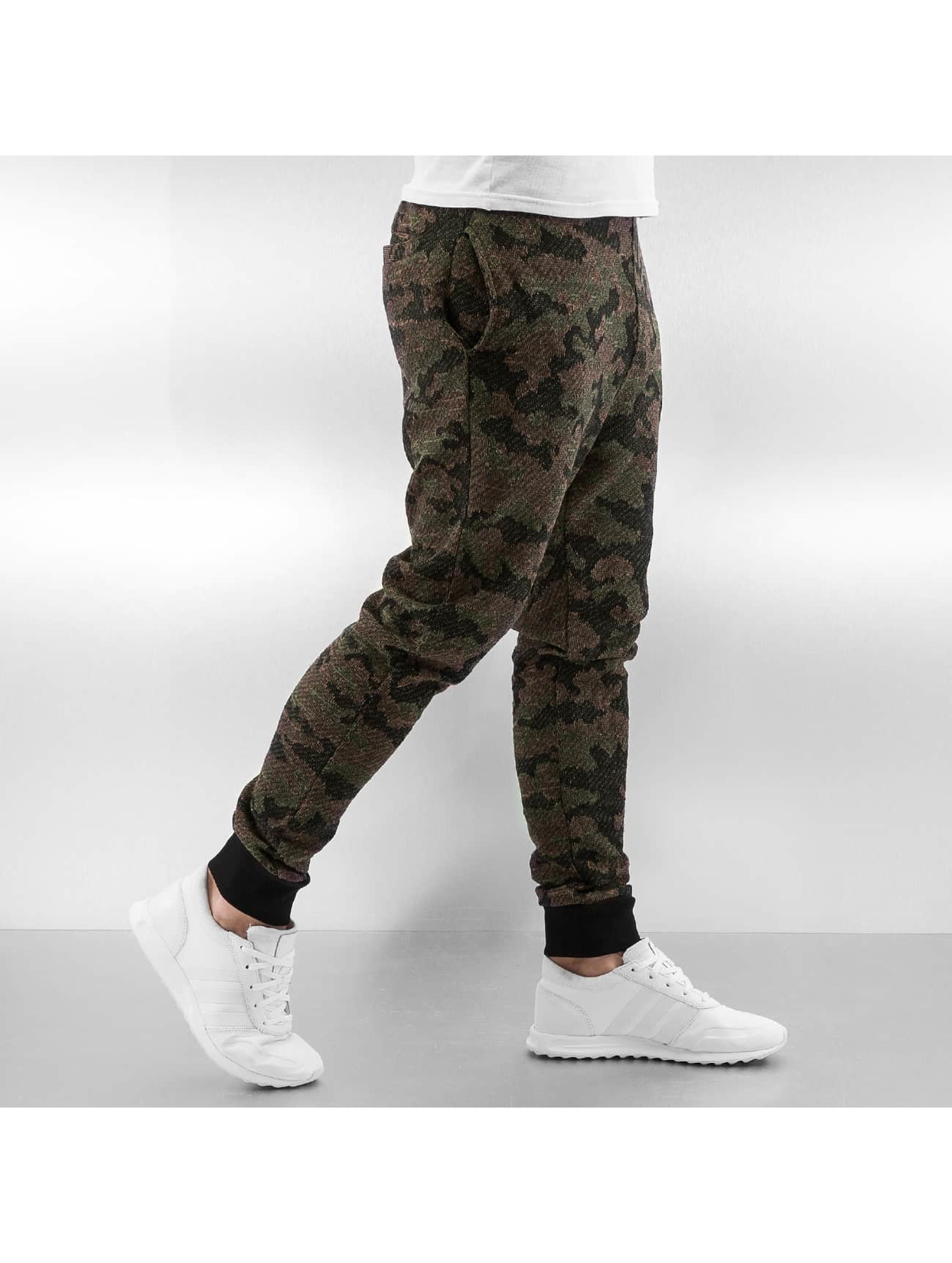 Who Shot Ya? Спортивные брюки Anti Fit камуфляж