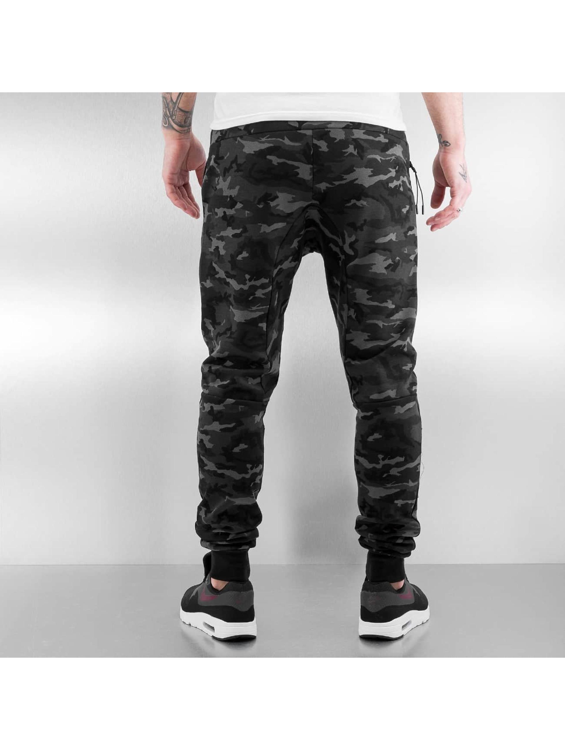 Who Shot Ya? Спортивные брюки Camo черный