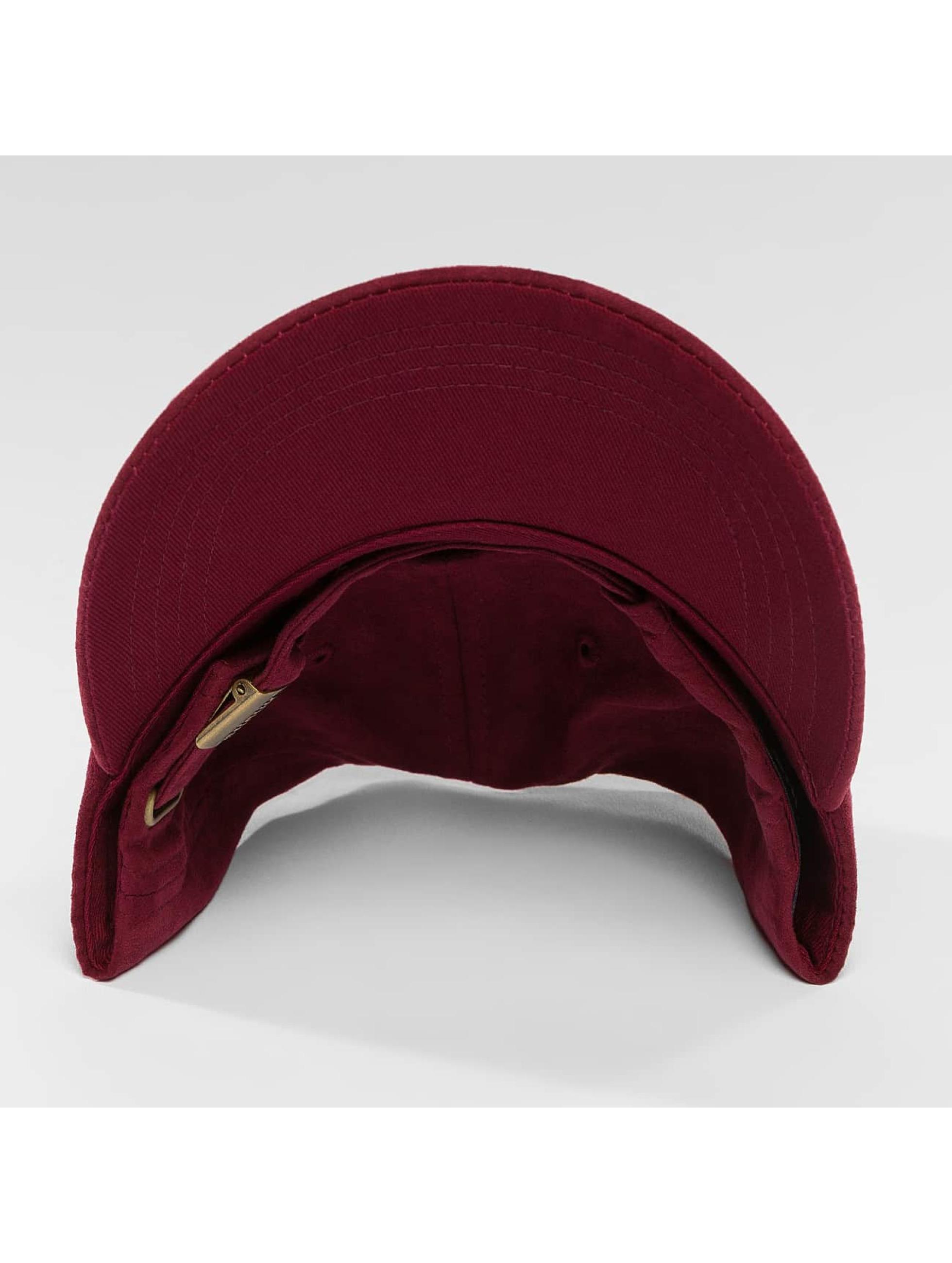 Wrung Division Casquette Snapback & Strapback Daim rouge