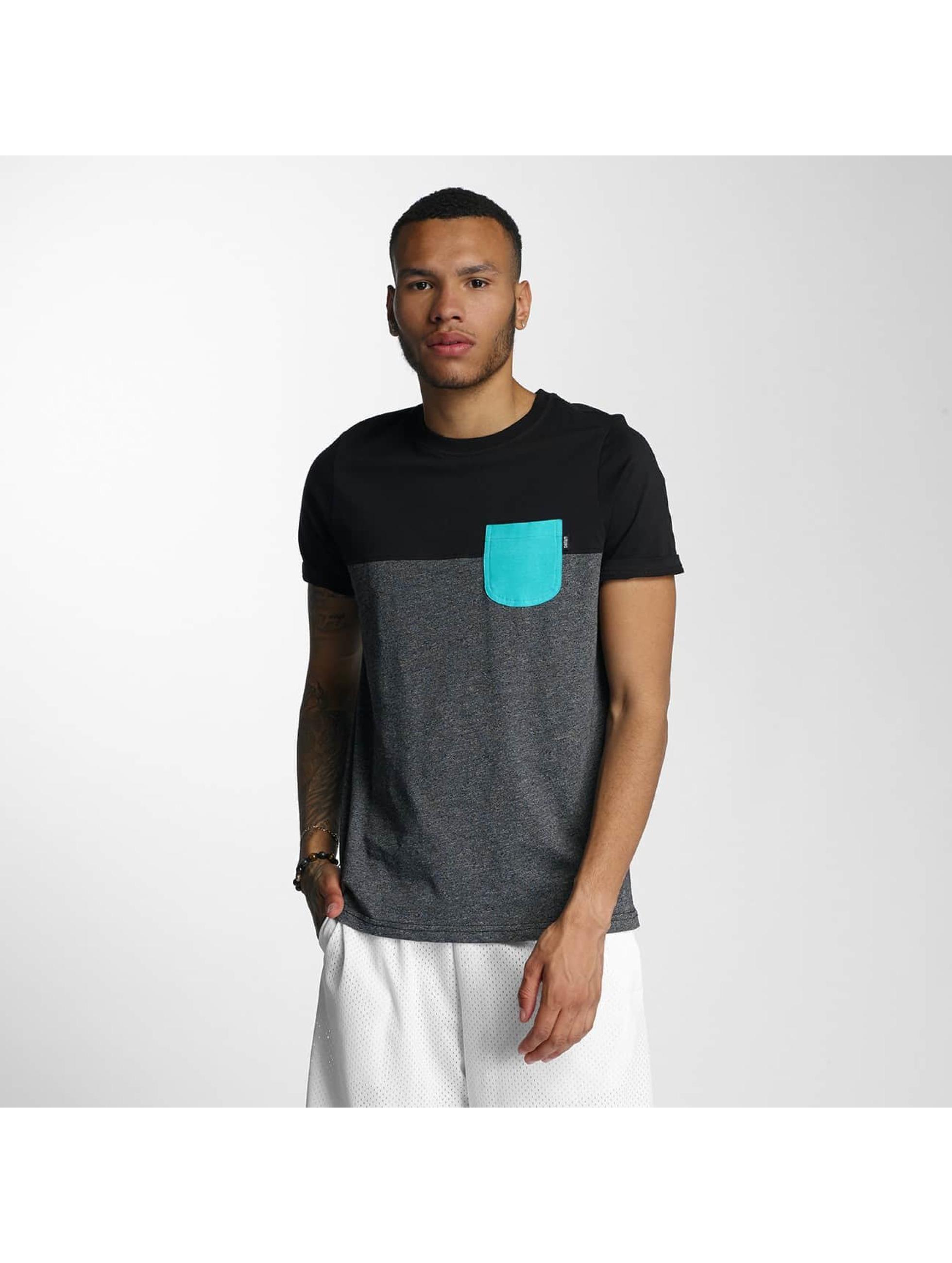 Wrung Division T-Shirt Pocket grau