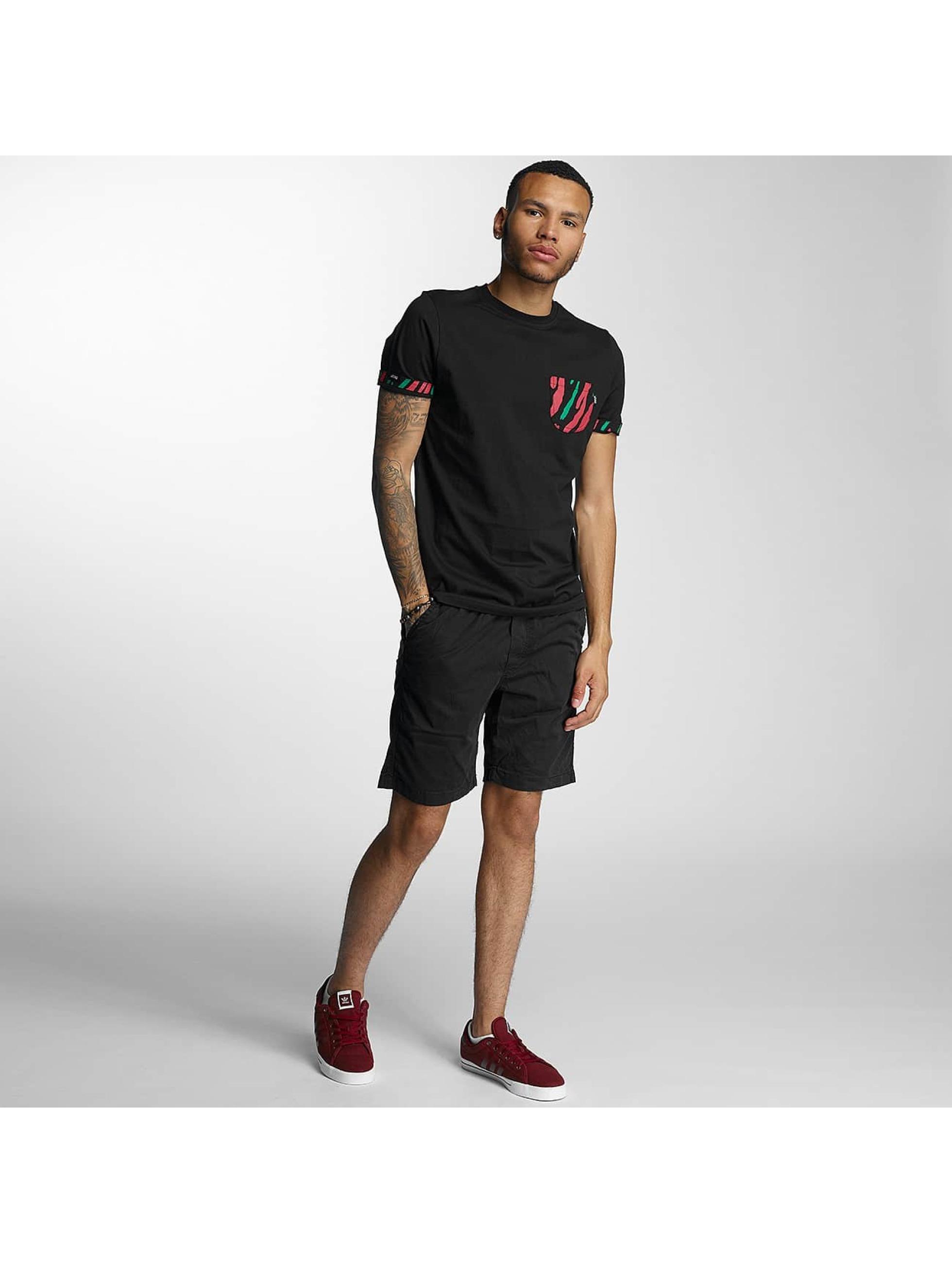 Wrung Division T-Shirty Kickin' It czarny