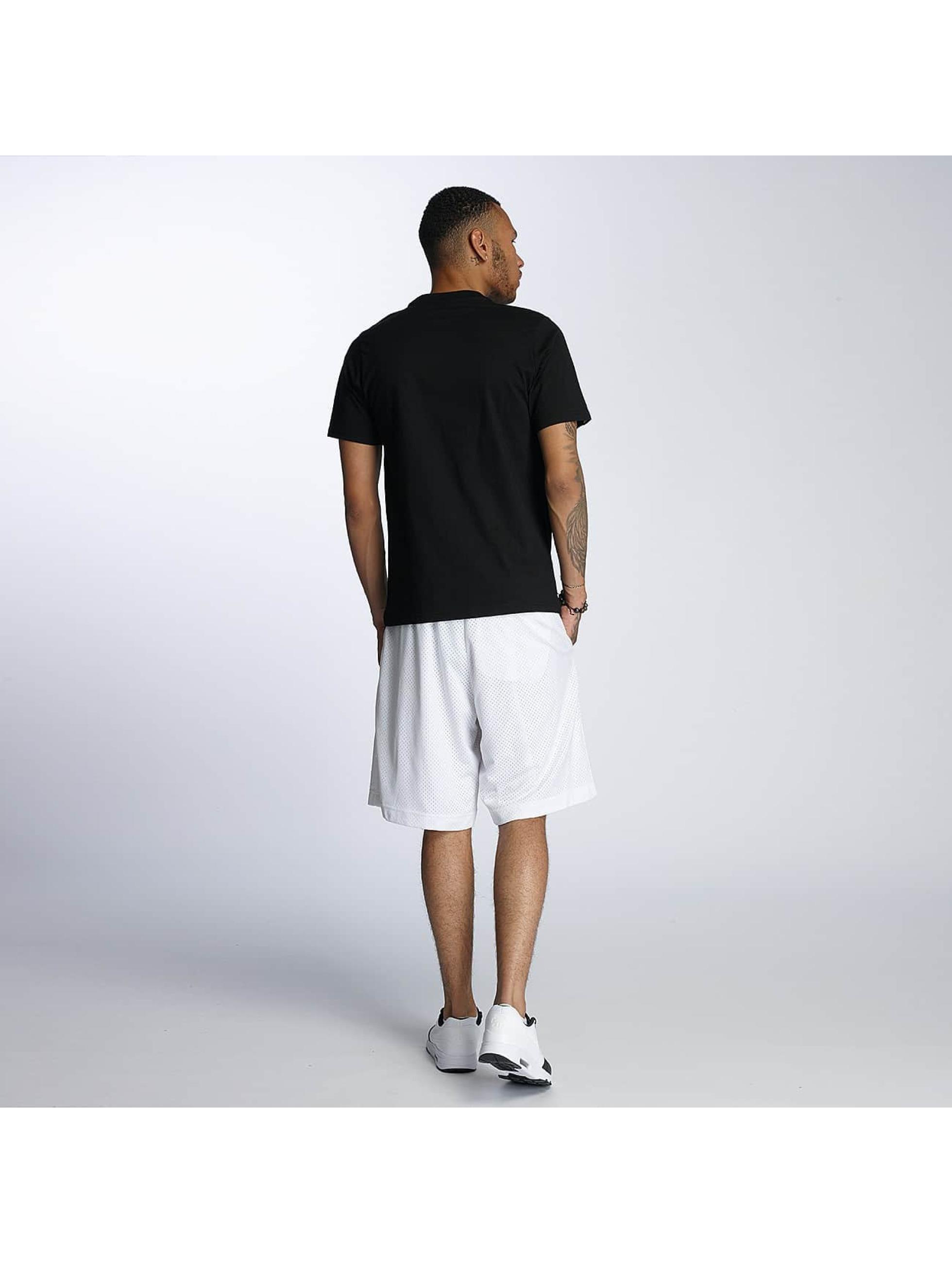 Wrung Division T-skjorter Mugshots svart