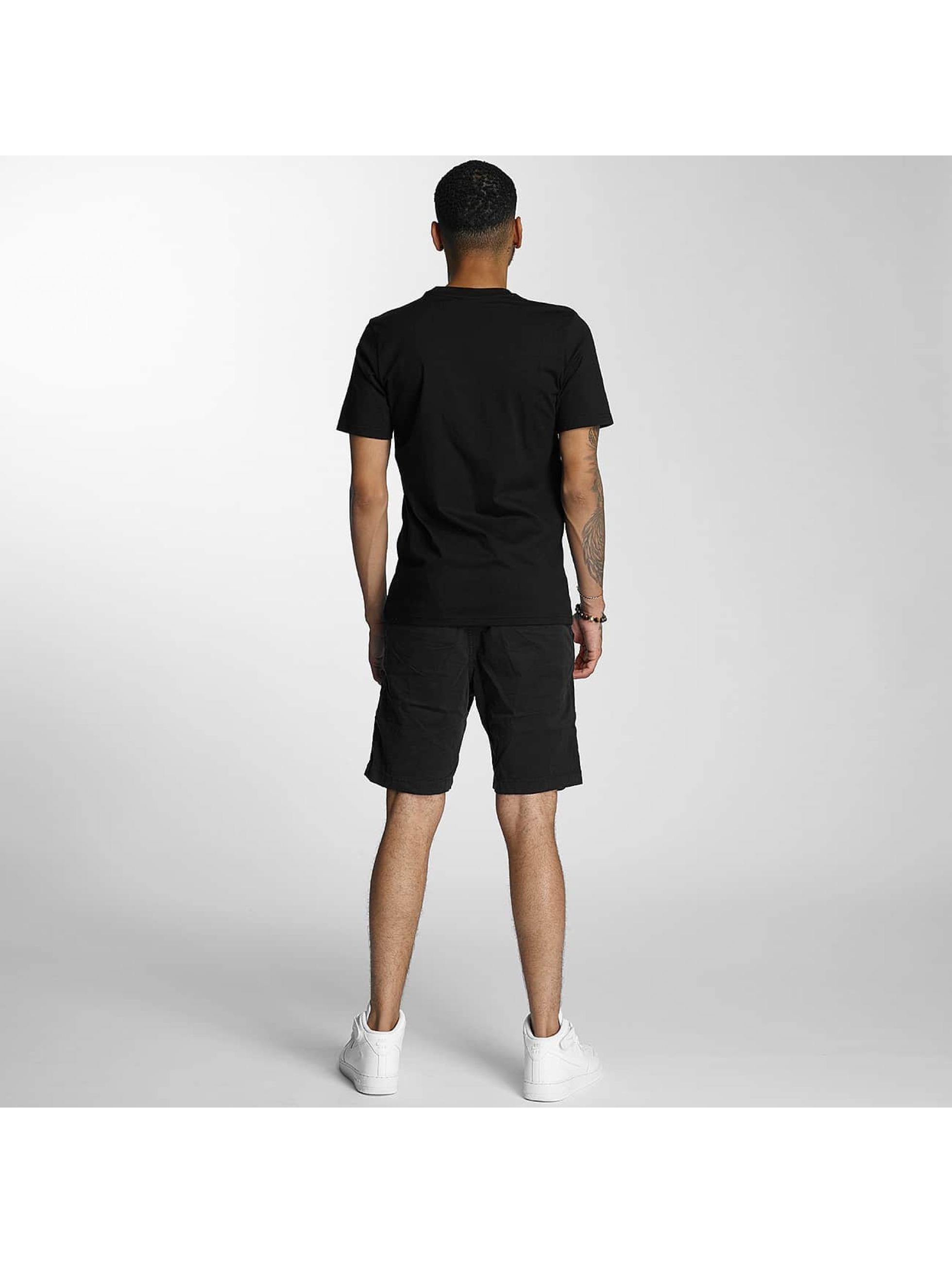 Wrung Division T-skjorter Truck svart