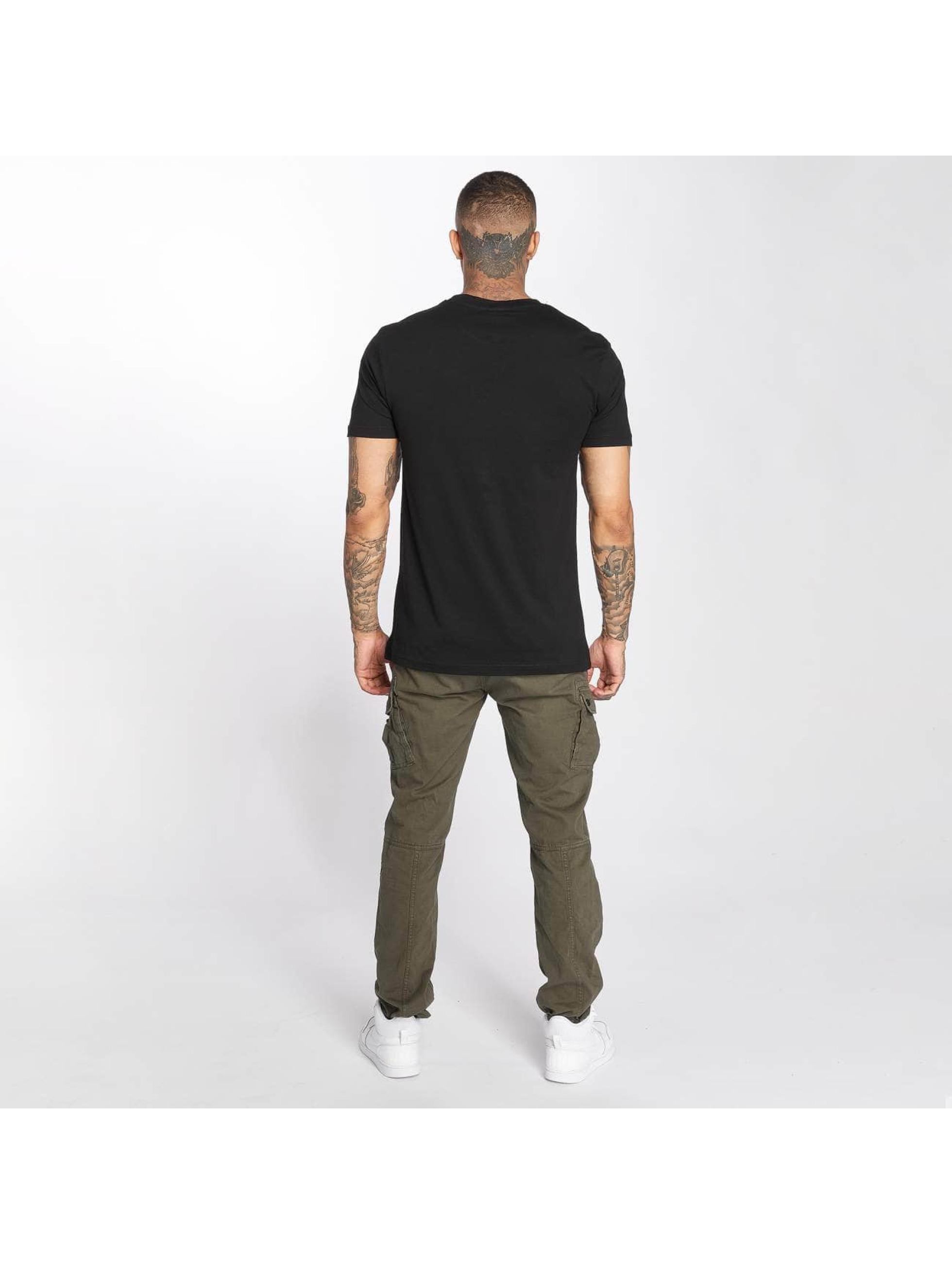 Wu-Tang T-Shirt Flag black