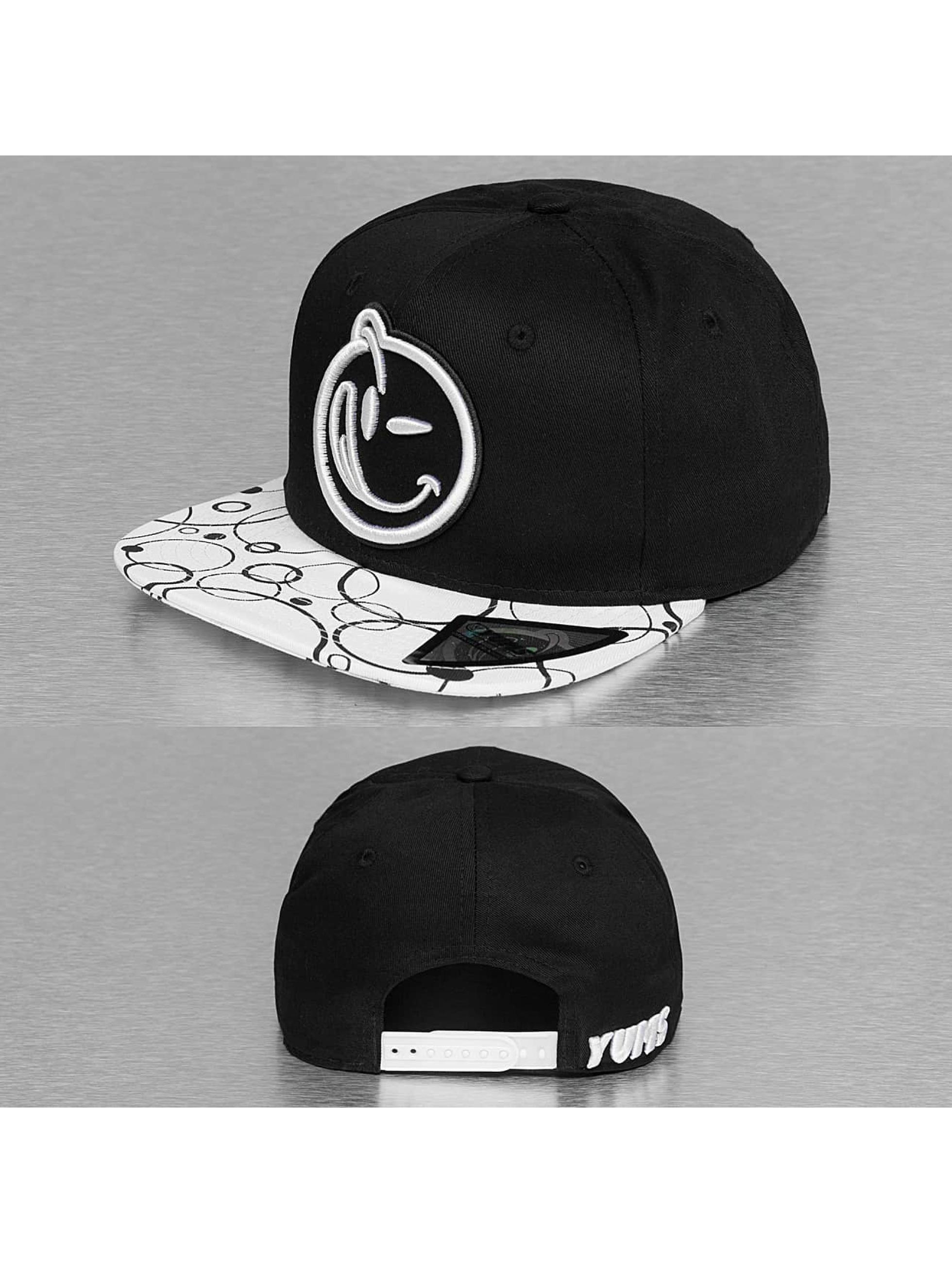 Yums Snapback Cap Classic Eclipso black
